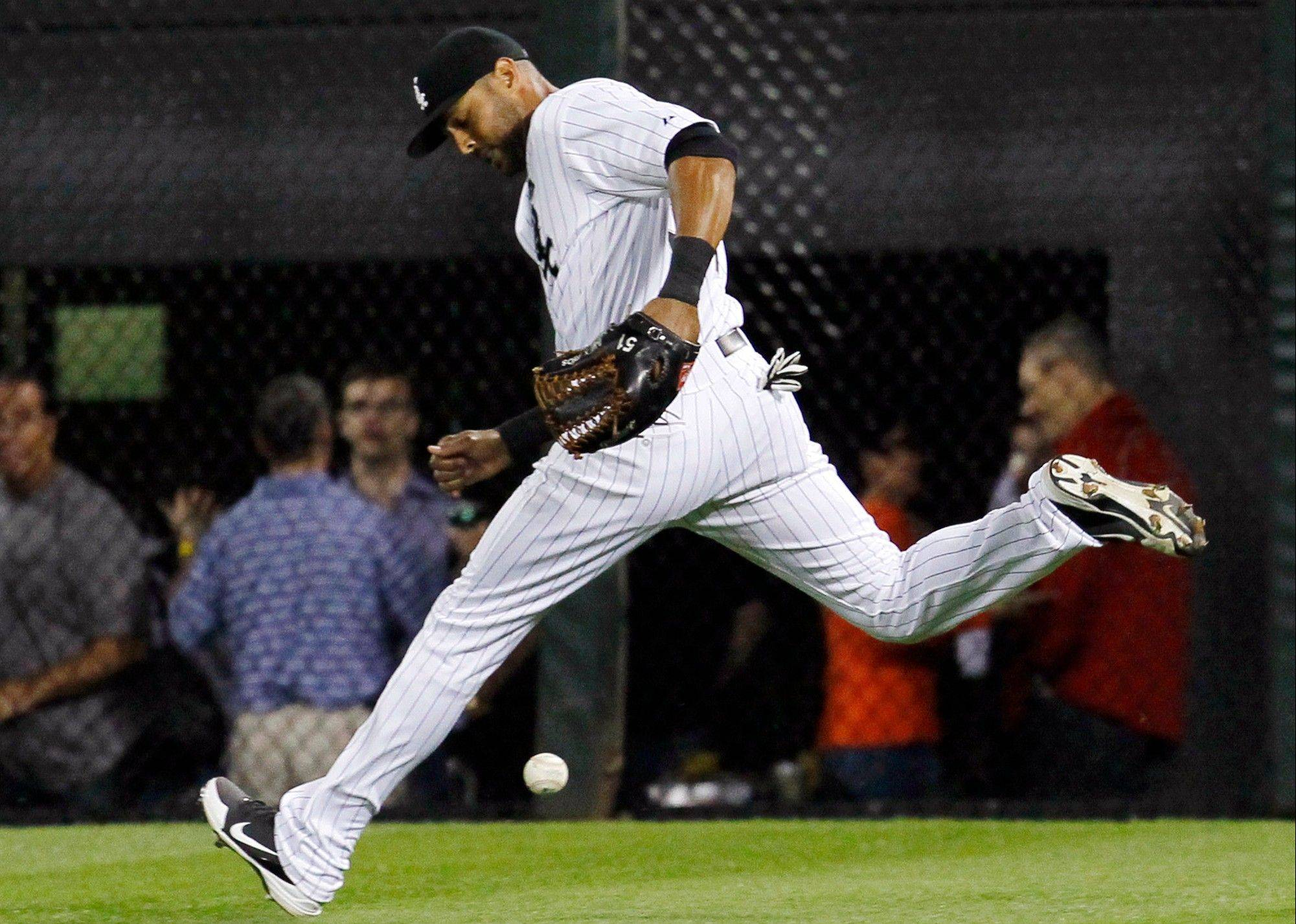 It was one of those nights for the White Sox and right fielder Alex Rios, who drops a fly ball by hit by the Blue Jays' Kelly Johnson in the eighth inning Wednesday night at U.S. Cellular Field.