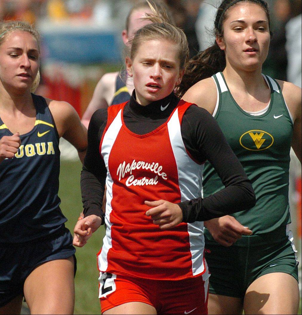 Paul Michna/pmichna@dailyherald.com � Amanda Fox of Naperville Central runs in the 1600 meter run during the Glenbard East girls track invitational Saturday in Lombard.