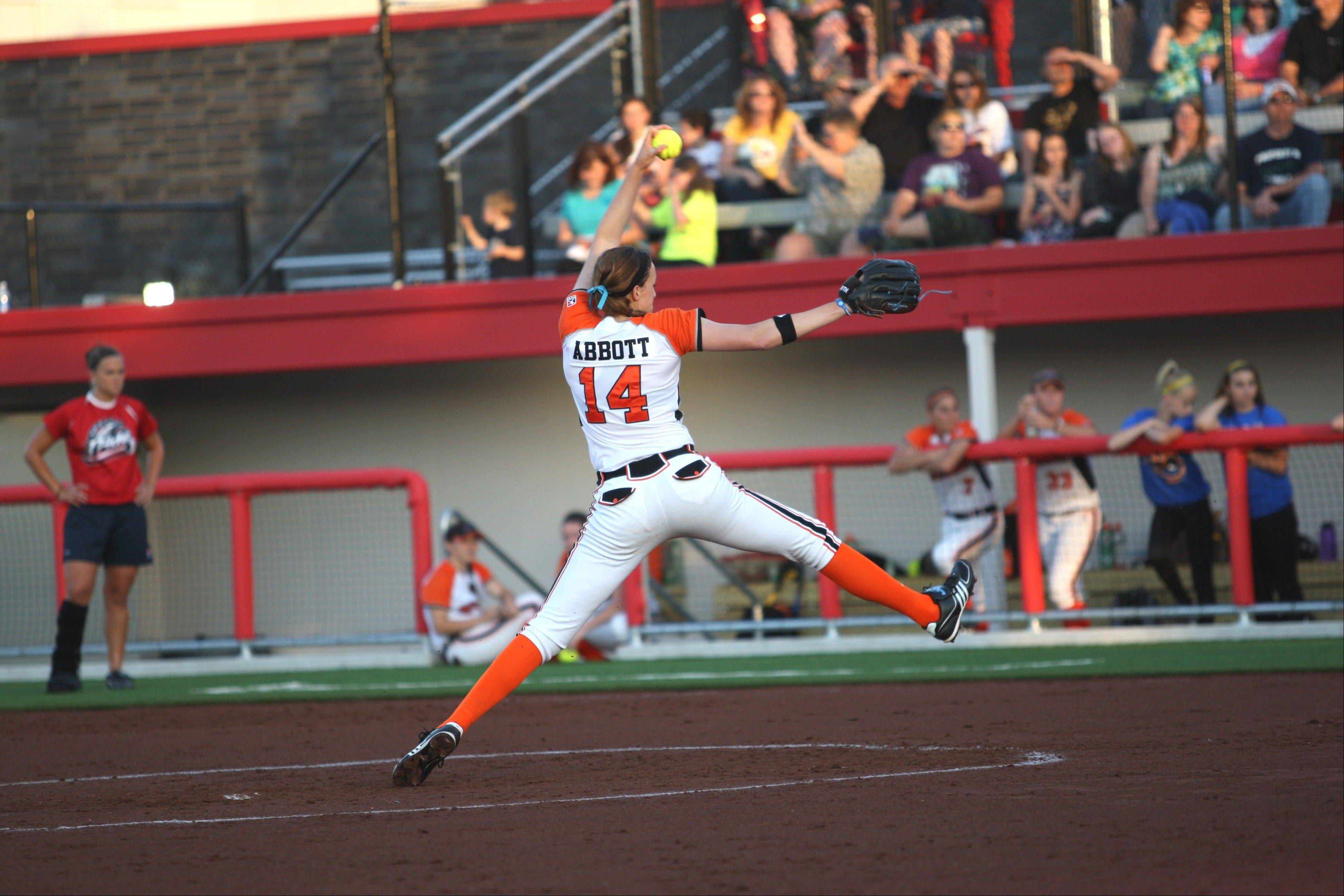 This season Chicago Bandits pitcher Monica Abbott will be reunited with her former high school coach on the Bandits. The defending NPF champs open the regular season with a four-game homestand starting Thursday at The Ballpark at Rosemont.