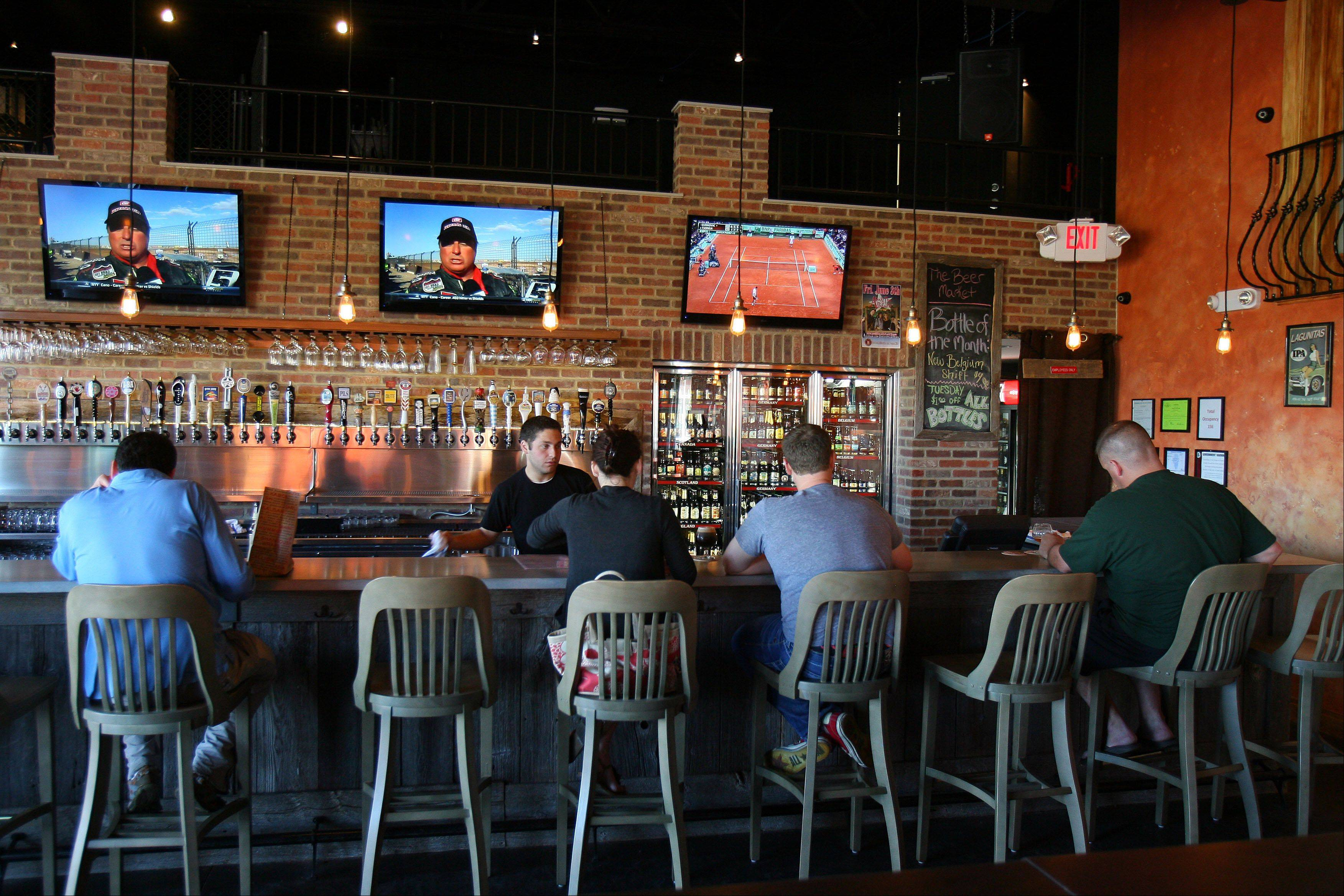 The Beer Market in Vernon Hills draws both the after-work crowd and groups of twentysomethings enjoying a night out.