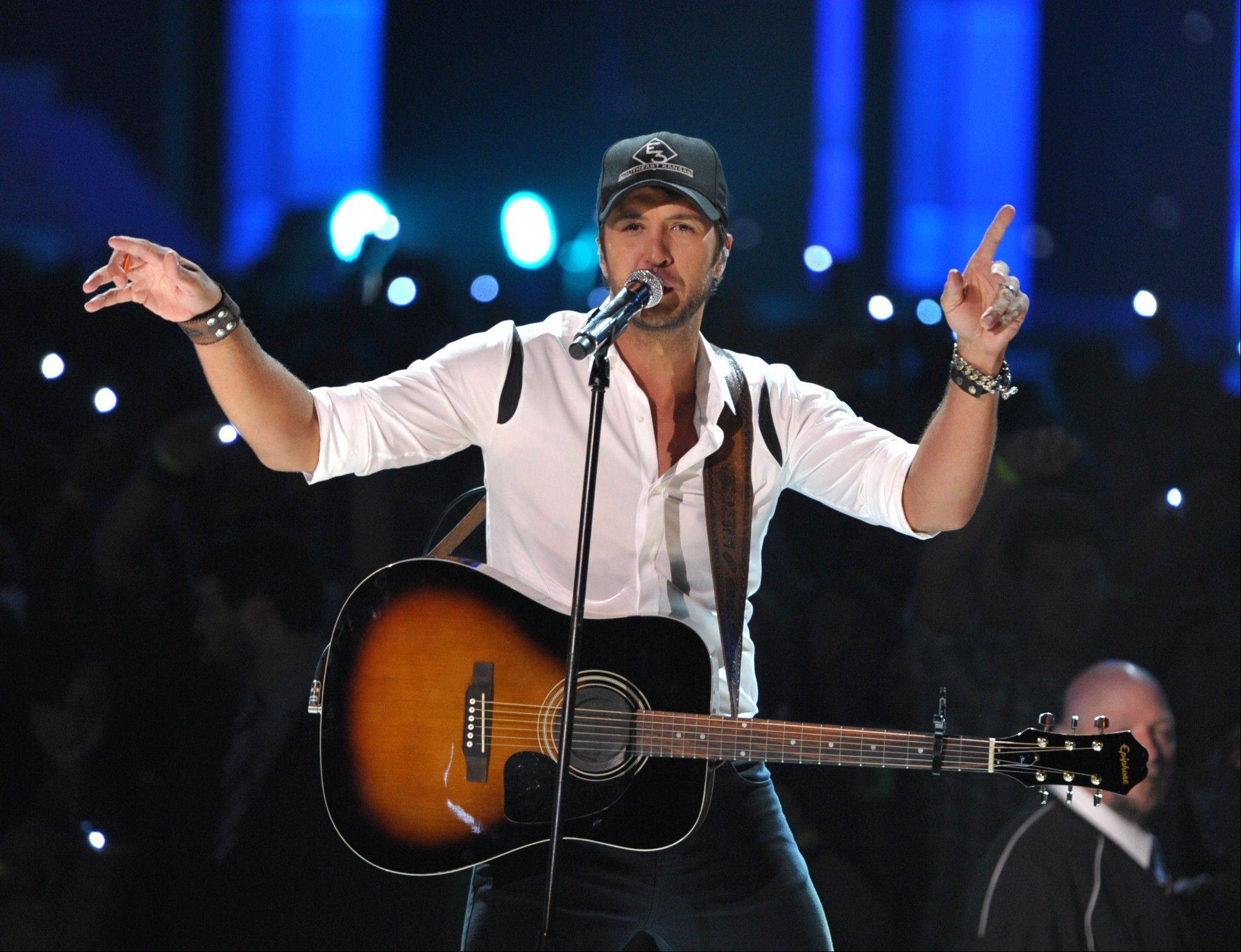 Musician Luke Bryan performs at the 2012 CMT Music Awards on Wednesday, June 6, 2012 in Nashville, Tenn.