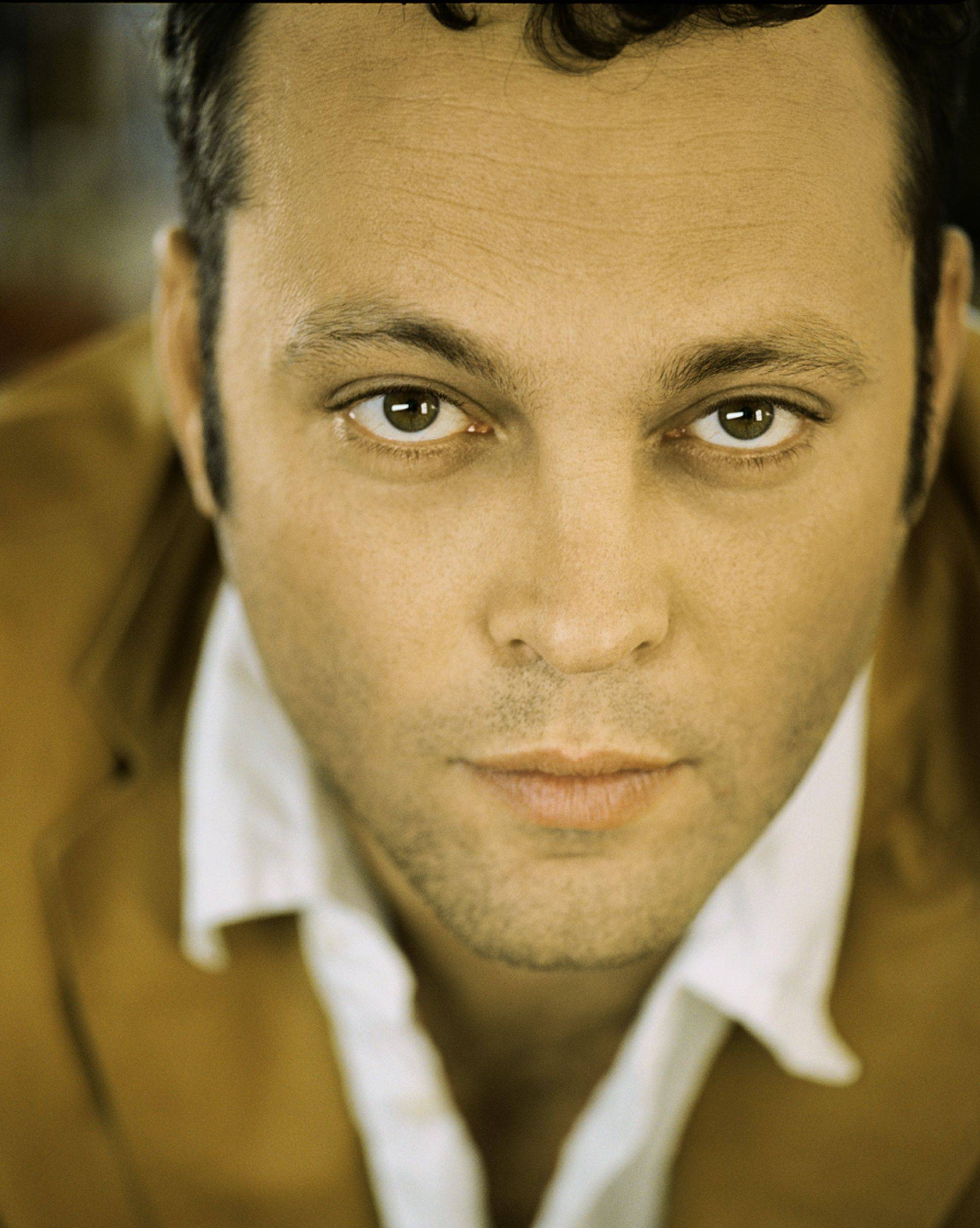 "Vince Vaughn, who grew up in Buffalo Grove and Lake Forest, is a natural for the Just for Laughs comedy festival in Chicago. His ""Comedy Showcase"" is at 8 p.m. Sunday, June 17, at the Chicago Theatre."