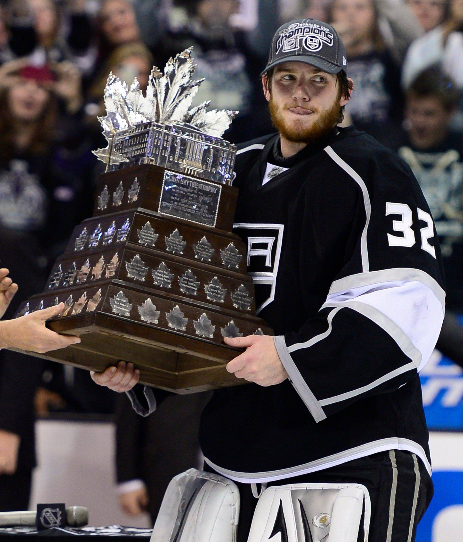 Kings goalie Jonathan Quick is playoff MVP