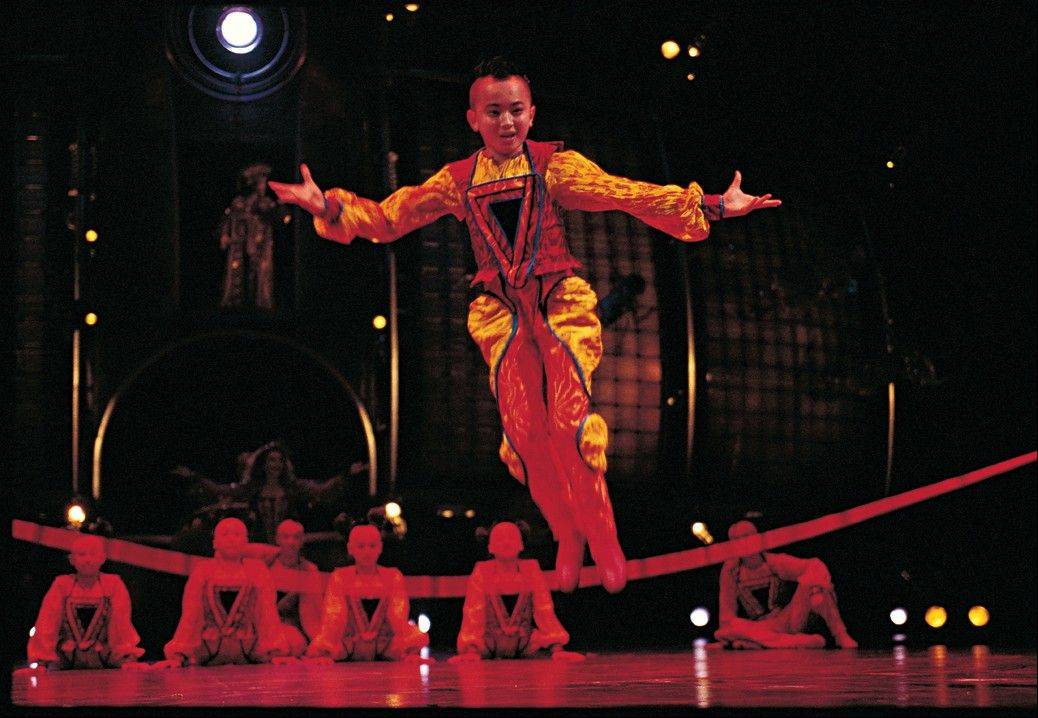 """Dralion"" returns to the Chicago area to combine elements of Western circus arts and Chinese-style acrobatics. The arena re-scaled show plays in Rosemont at the Allstate Arena from Wednesday, June 20, to Sunday, June 24, before moving to Chicago at the United Center."