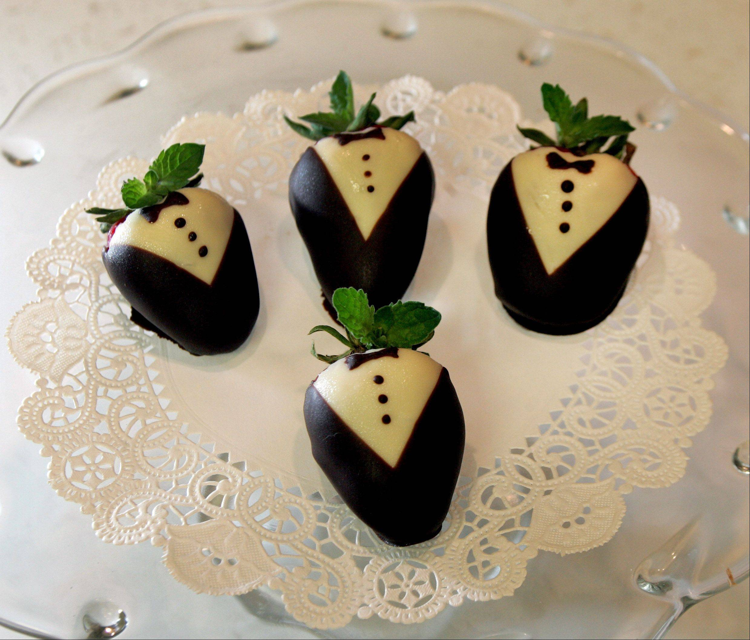 Tuxedo strawberries are an elegant, fresh-fruit treat for summer entertaining.