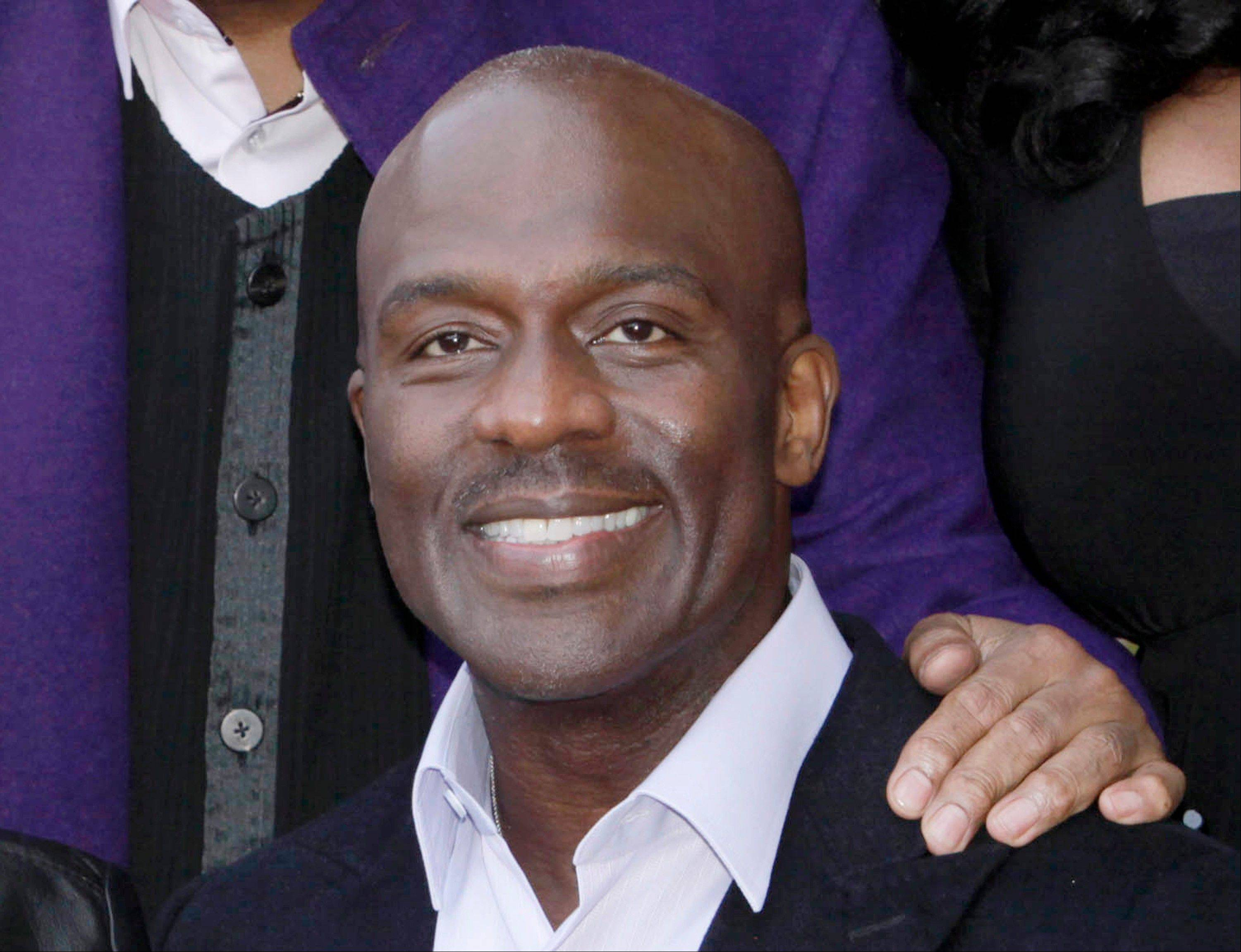 "Bebe Winans, who sang at Whitney Houston's funeral, announced Thursday he has written the book ""The Whitney I Knew,"" due out July 31."