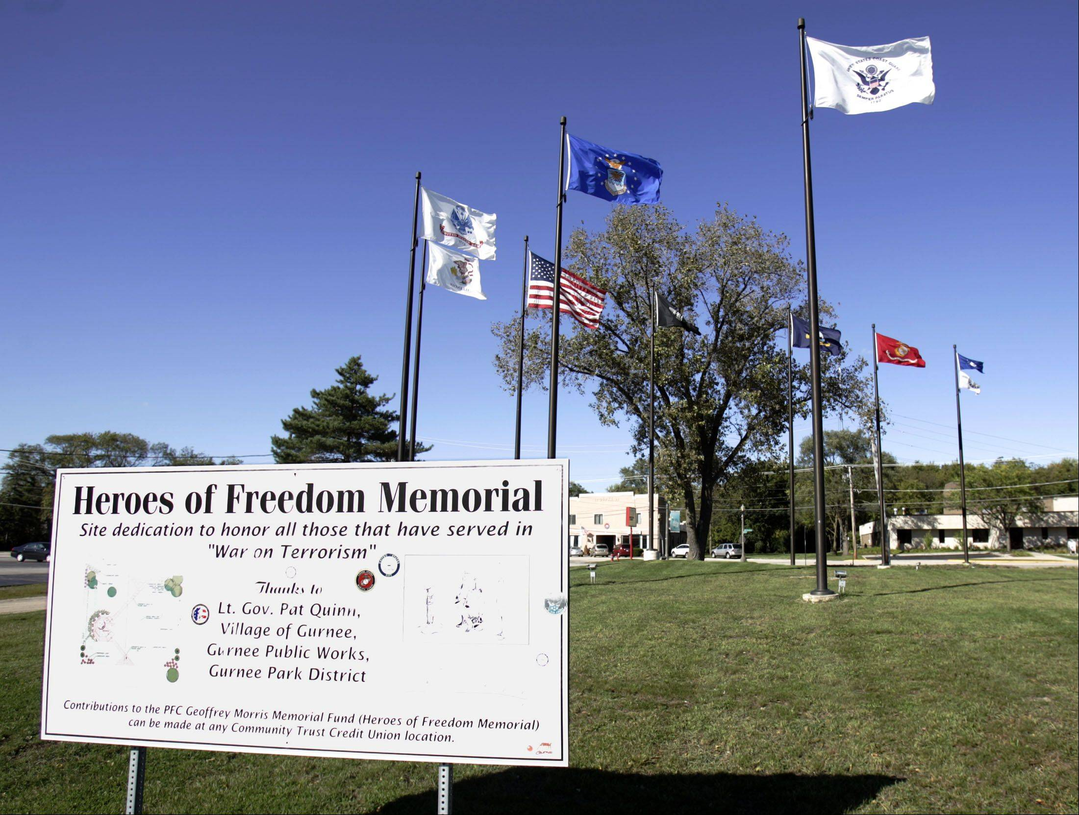STEVE LUNDY/slundy@dailyherald.com, 2009Heros of Freedom Memorial on Old Grand Avenue as it looked in 2009.
