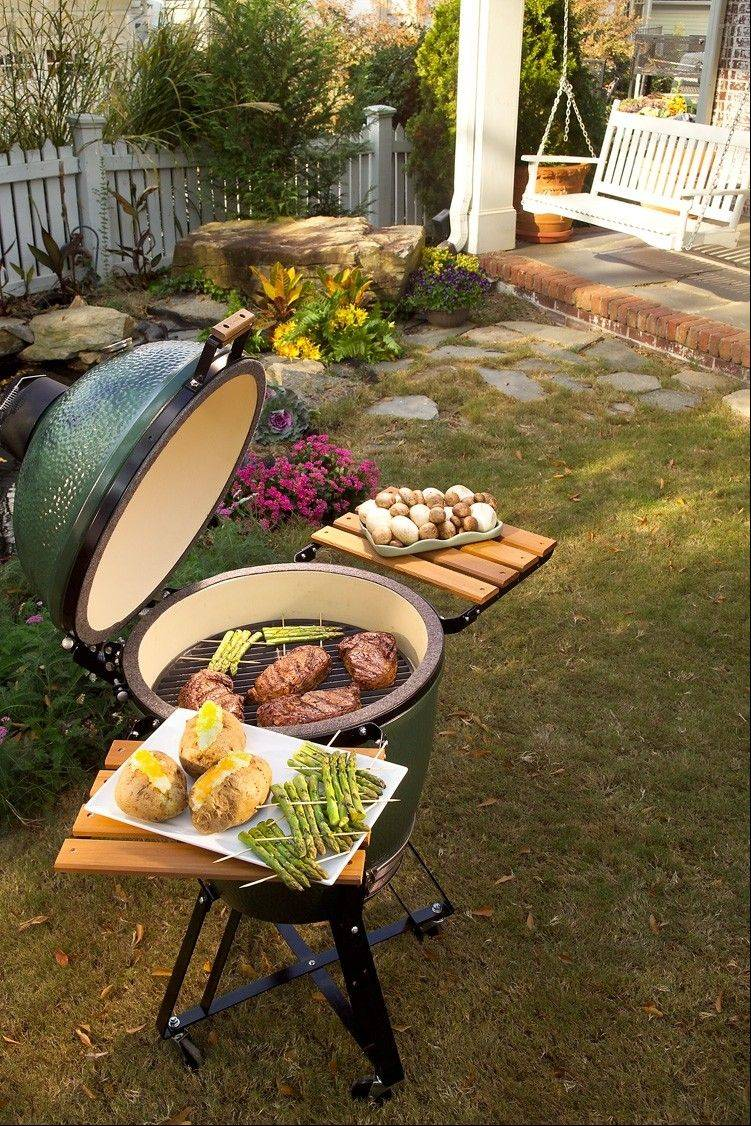 The Big Green Egg, a widely acclaimed ceramic cooker, can be used to slow-cook meats.