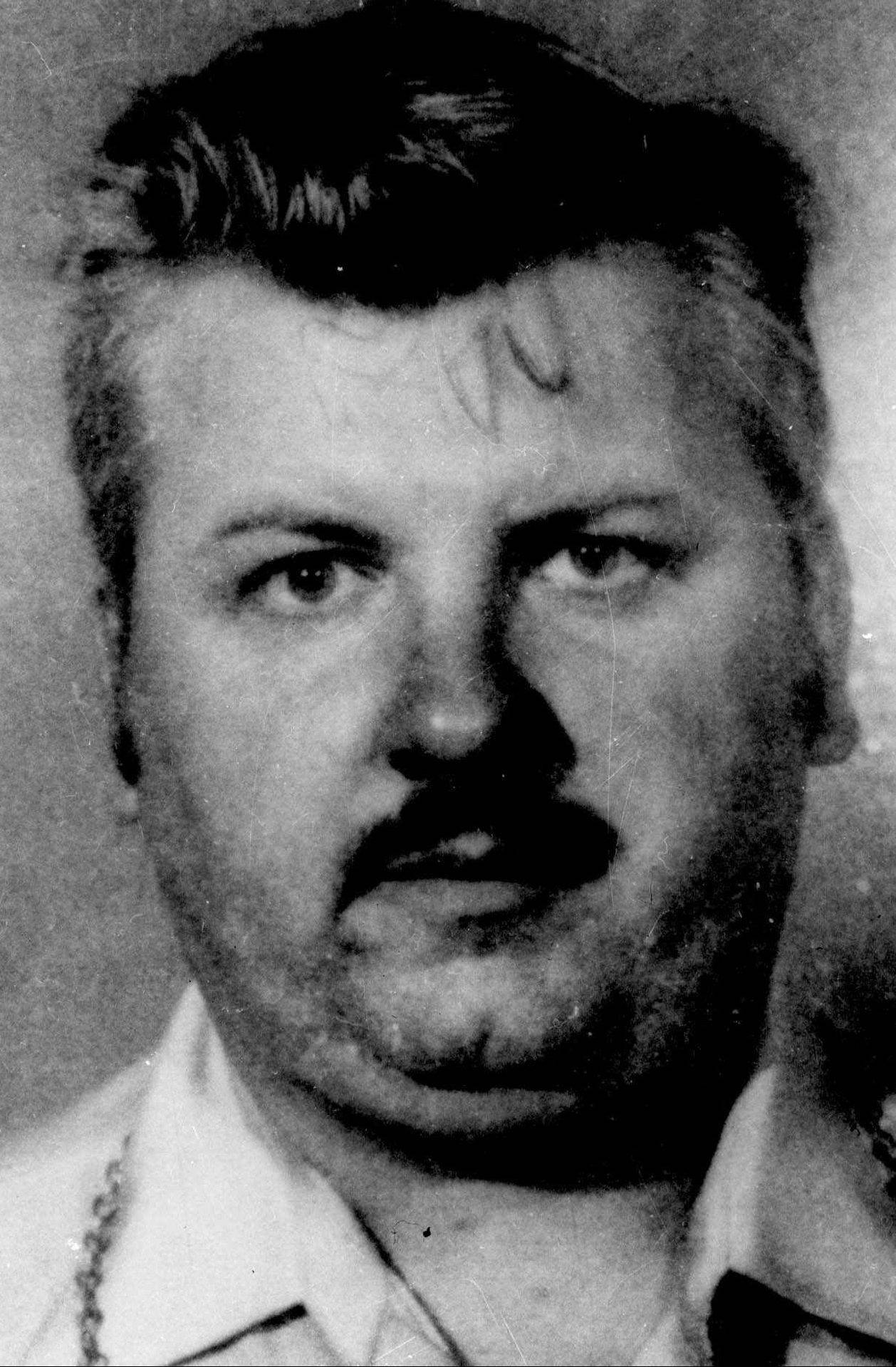 Protecting criminal psychiatrists from serial killers such as John Wayne Gacy was part of Ralph DeBartolo's job before he retired from the Chicago Police Department. DeBartolo saw Gacy himself. As chief at the Rolling Meadows courthouse, DeBartolo makes sure judges, lawyers, witnesses, spectators and defendants are protected.