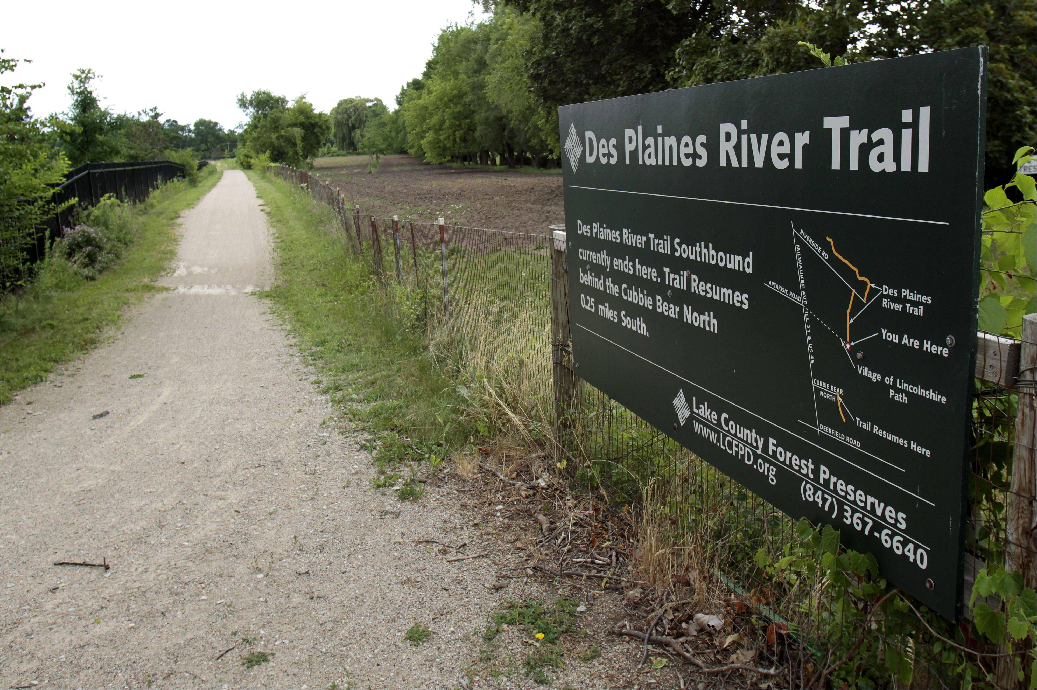 Sliver of land holds up Des Plaines River Trail