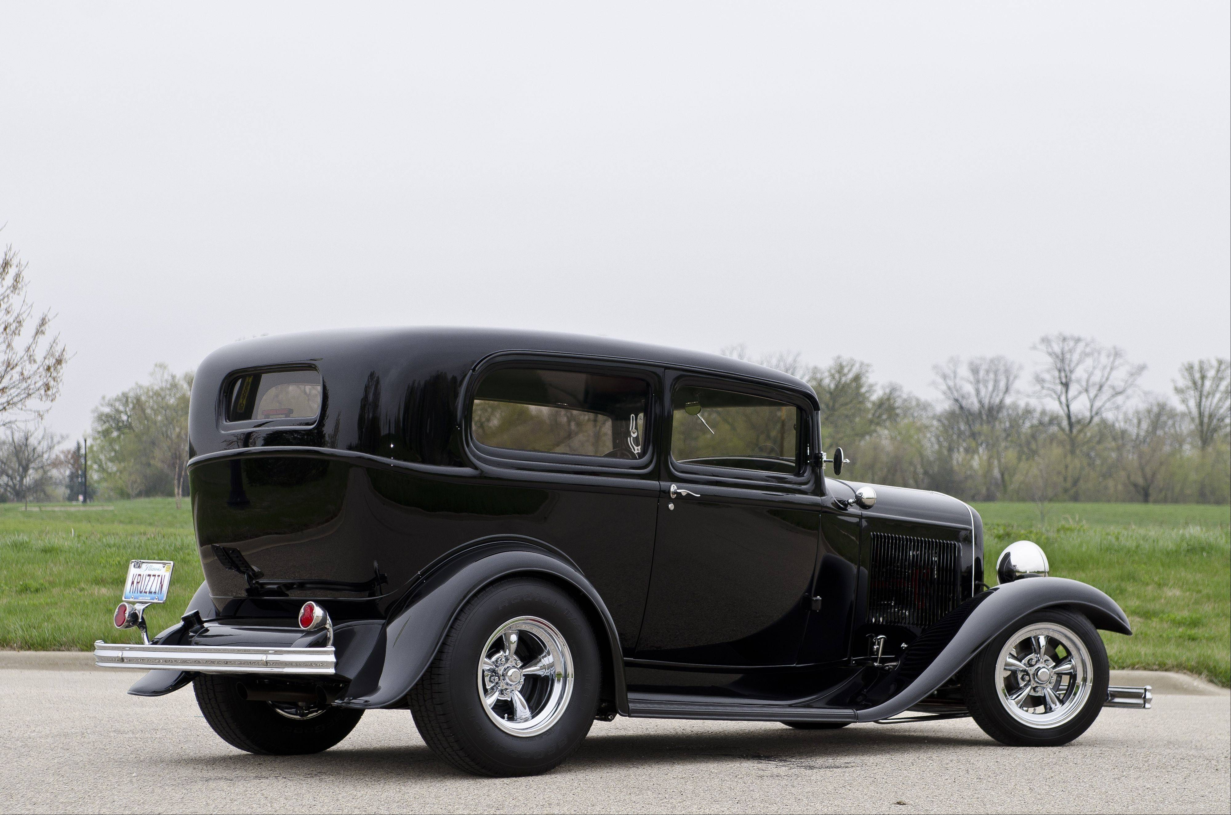 When Jensen drove over a piece of steel, damaging a rear wheel and fender, he decided to rebuild his 1932 Ford Tudor once again.