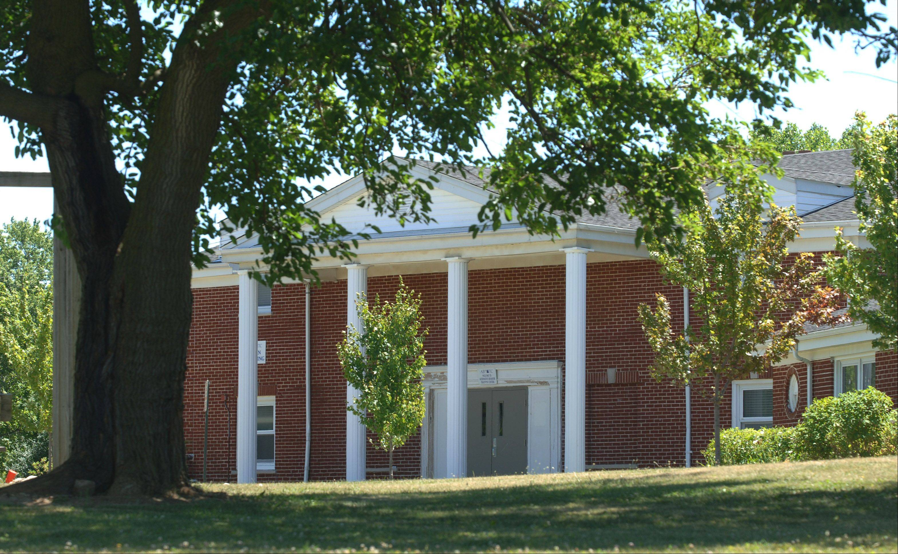 Dayspring Bible College and Seminary, in partnership with Quentin Road Bible Baptist Church, has purchased a 13½-acre campus east of Mundelein as a new home for the college.