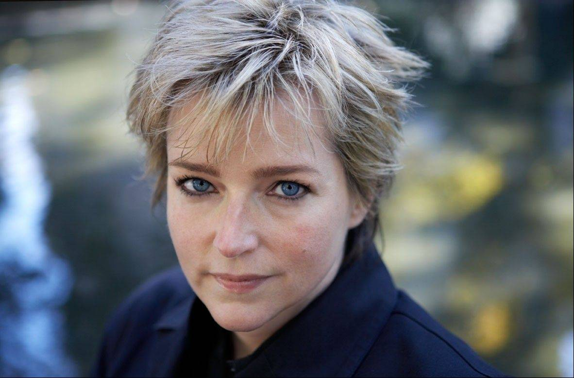 "Karin Slaughter, international best-selling suspense author will present her new book, ""Criminal,"" on Thursday, July 12, in Libertyville."