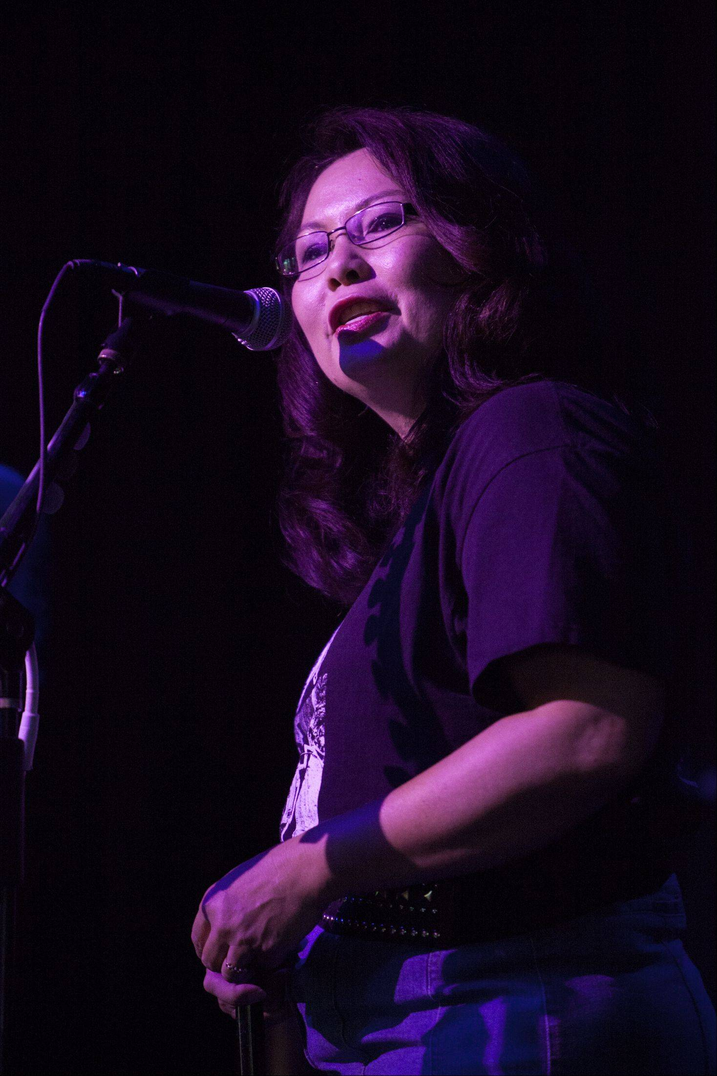Tammy Duckworth speaks to a crowd of about 500 people before rocker Joe Walsh performed and reinforced his support for Duckworth.