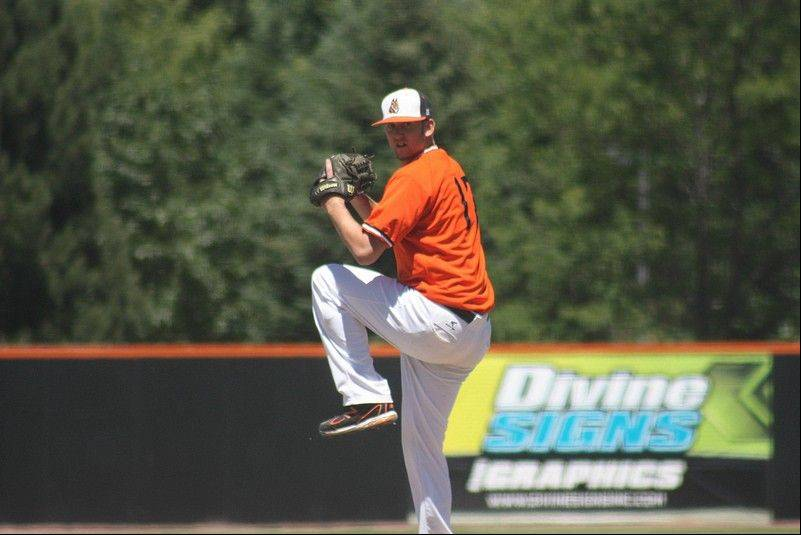 Patrick Mincey's success with the Schaumburg Boomers is helped by his ability to hide the ball, says his pitching coach. Mincey also throws from three different arm slots, which makes it difficult for batters to adjust and pick up his pitches.