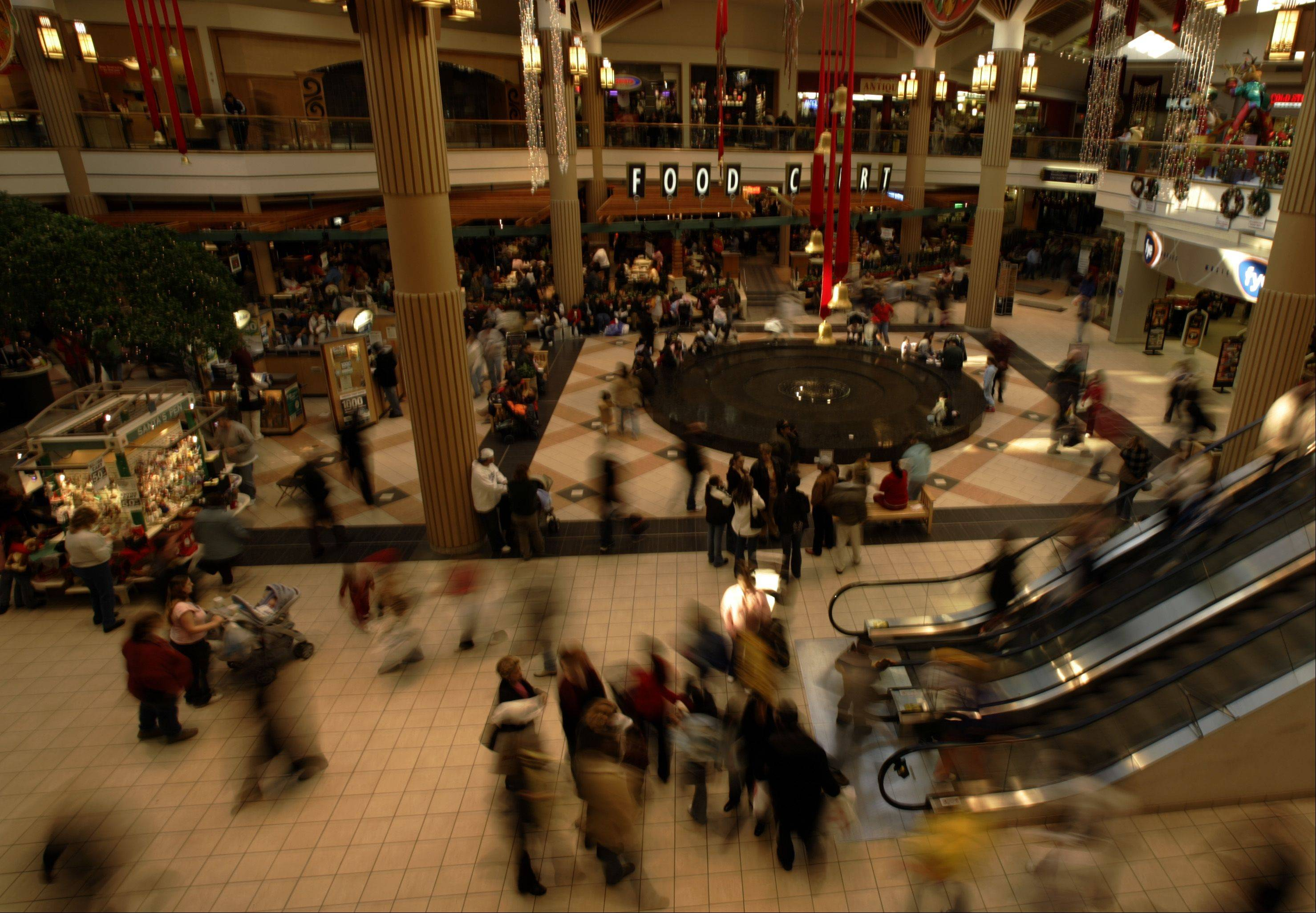 Rents and occupancies at U.S. shopping centers rose in the second quarter amid little development of properties, research company Reis Inc. said.