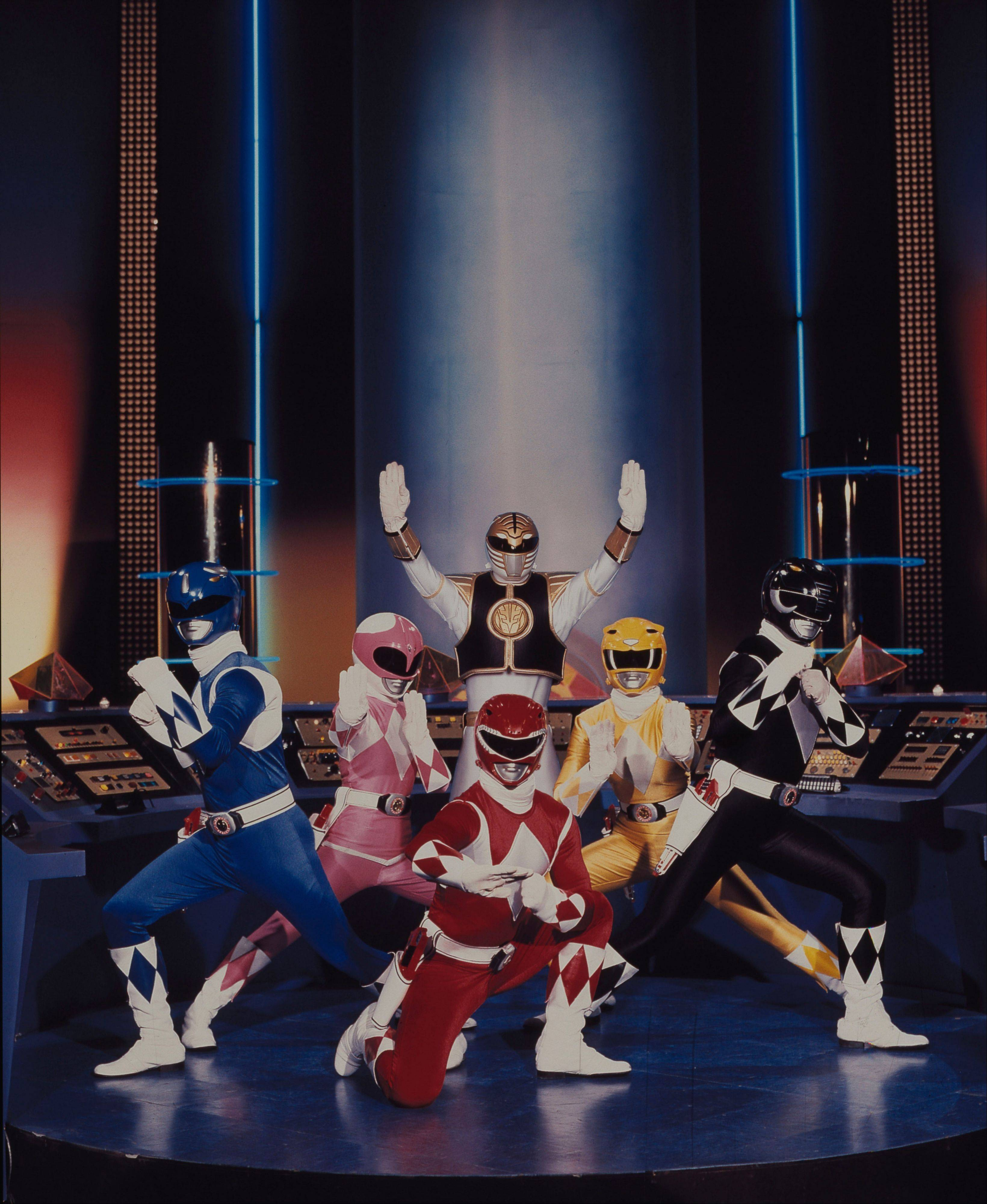 "The ""Mighty Morphin Power Rangers"" will commemorate its 20th anniversary with a panel, ""Power Rangers: 20 Years and Beyond,"" at Comic Con in San Diego."