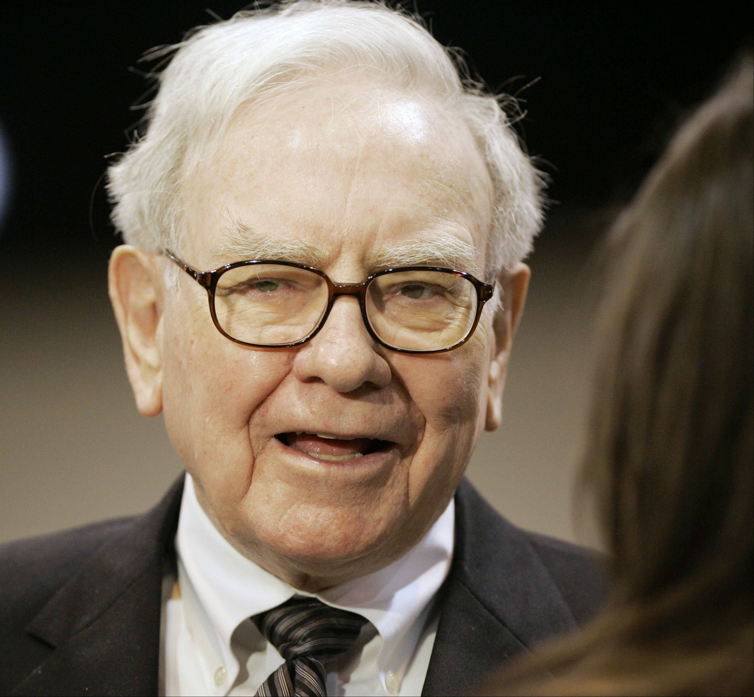 Billionaire investor Warren Buffett said Thursday that U.S. economic growth has slowed in the last two months as fears about Europe�s debt woes mounted.