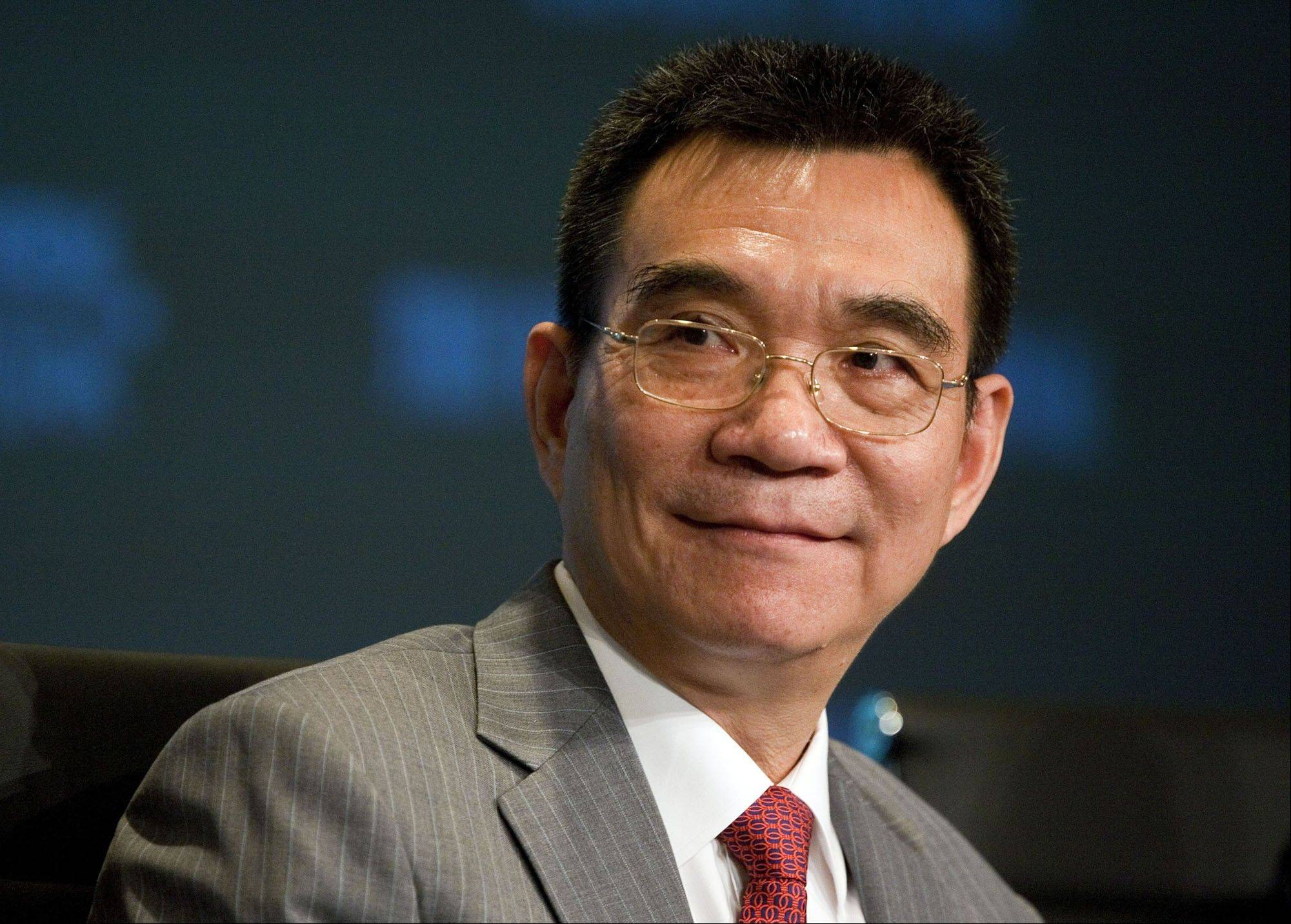 "Justin Yifu Lin offers a patriotic yet pragmatic look at how China notched up average annual growth of 9.9 percent for three decades in ""Demystifying the Chinese Economy."""