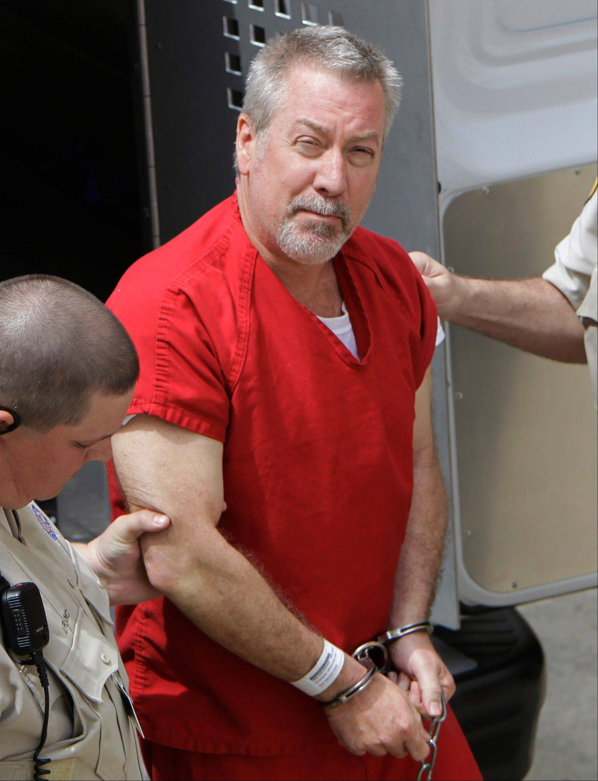 At a pre-trial hearing Wednesday, defense attorneys and prosecutors were making their final pitches on what evidence should or shouldn't be admitted when Drew Peterson's murder trial gets under way. Jury selection is scheduled to begin Monday.
