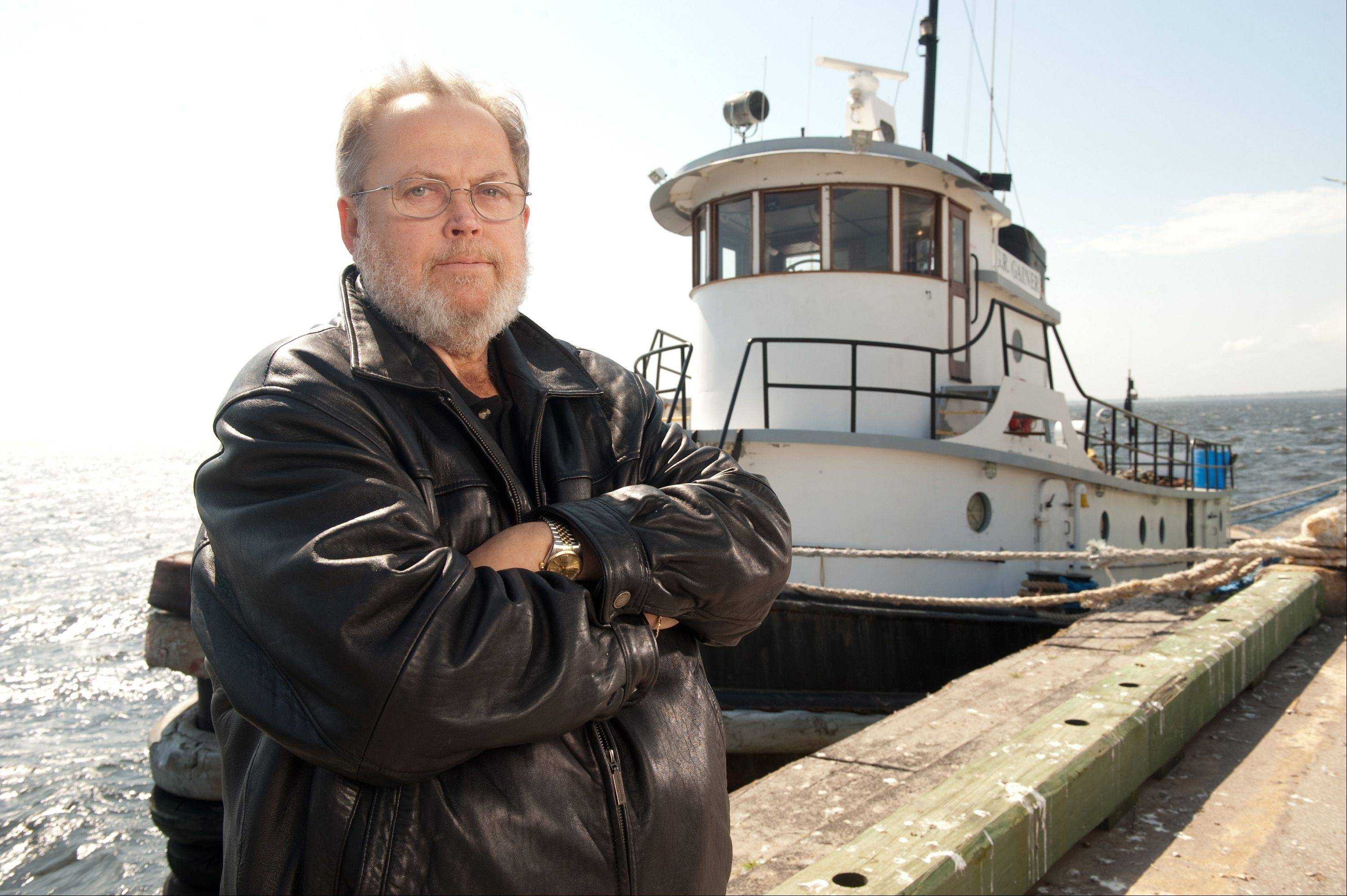 "John Selvick is one of the tugboat captains featured on ""Great Lake Warriors,"" a new eight-episode reality series that debuts Thursday on the History Channel. George Houde, one of the series' executive producers and creators, is from East Dundee. He spent three years shooting its footage."