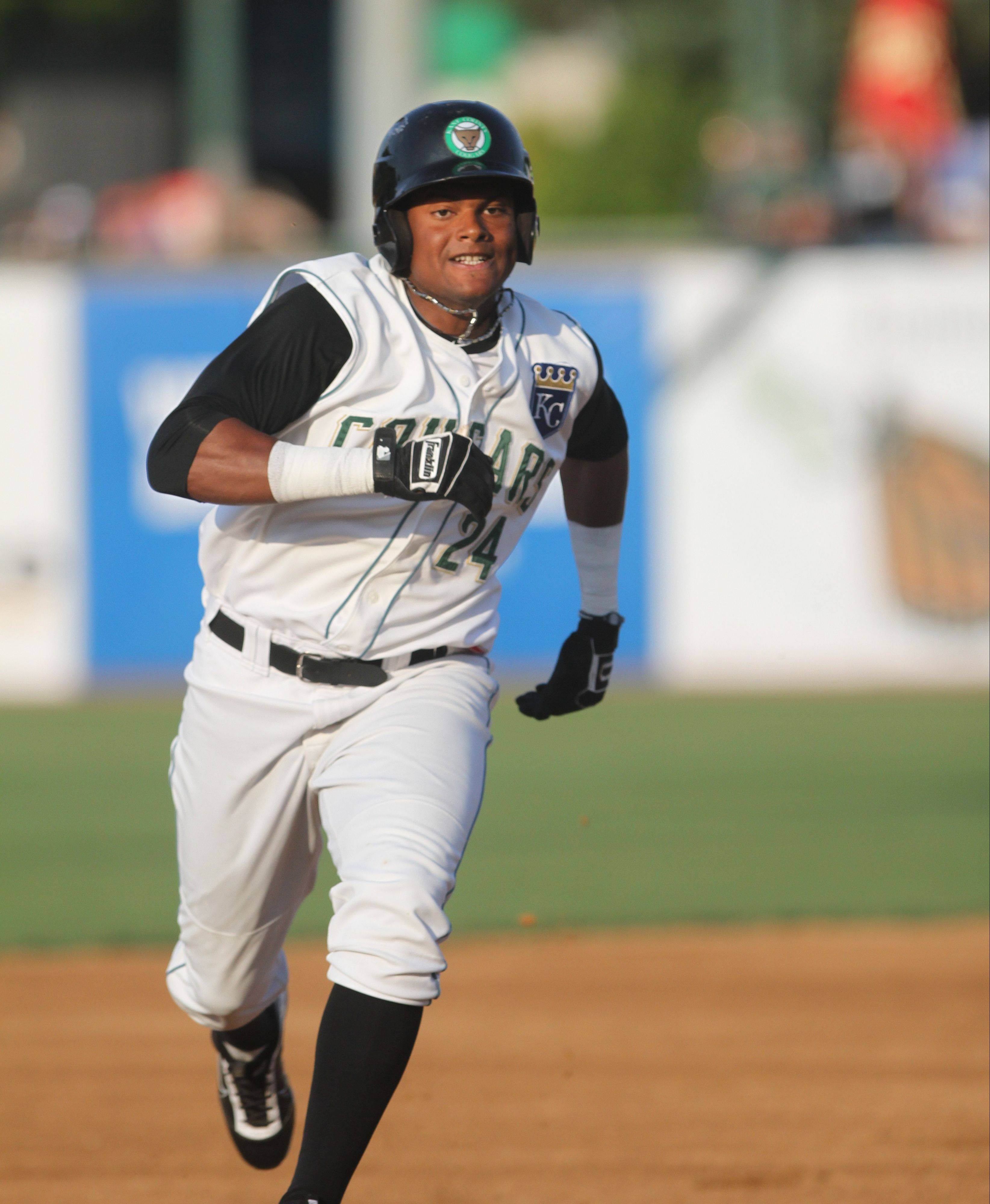 Kane County Cougars outfielder Jorge Bonifacio is the younger brother of Emilio Bonifacio, who plays for the Miami Marlins.