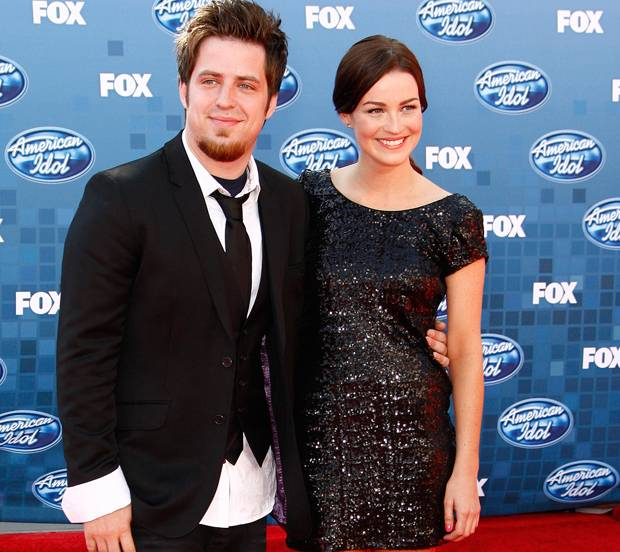 """American Idol"" winner and Mt. Prospect native Lee DeWyze married model/actress Jonna Walsh in a ""vintage-inspired"" ceremony Saturday in California, according to People magazine."
