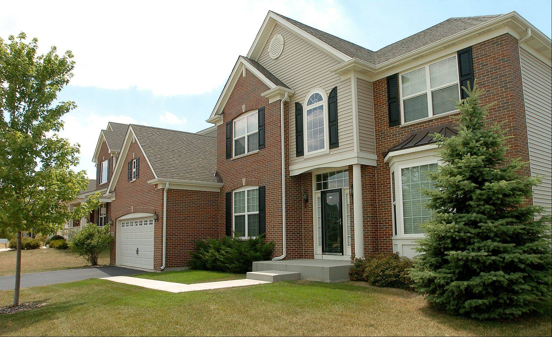 Beacon Pointe subdivision is a family-oriented neighborhood in Hoffman Estates. This home is on Bonita Lane.
