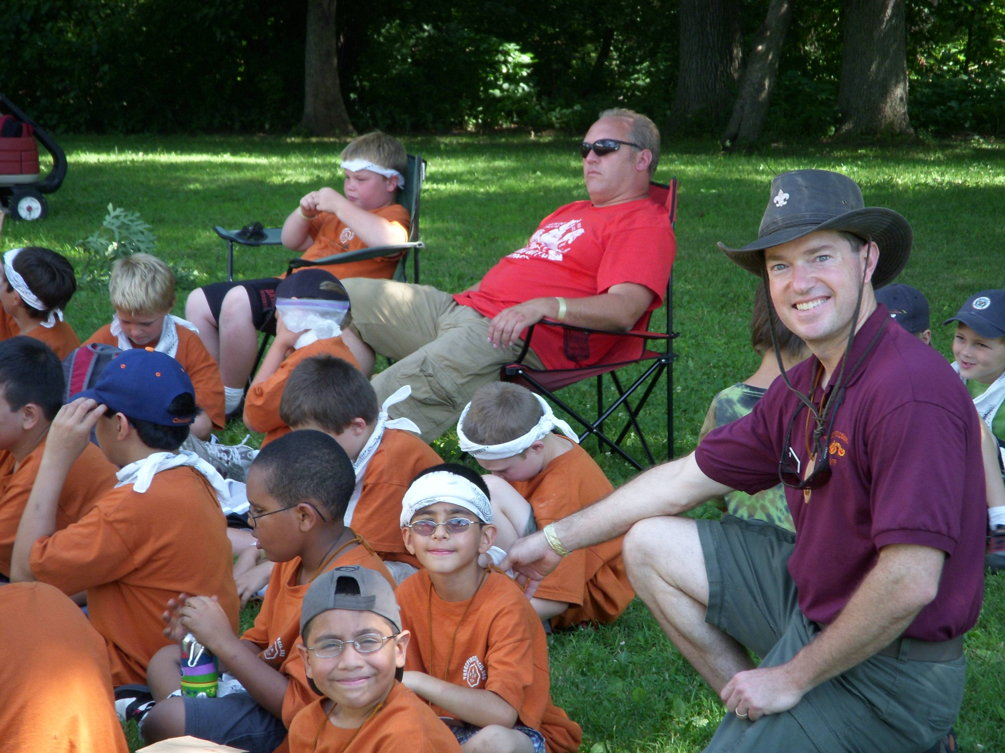 Fox Valley District Execuitve, Wes Weems with Cub Scouts at Day Camp