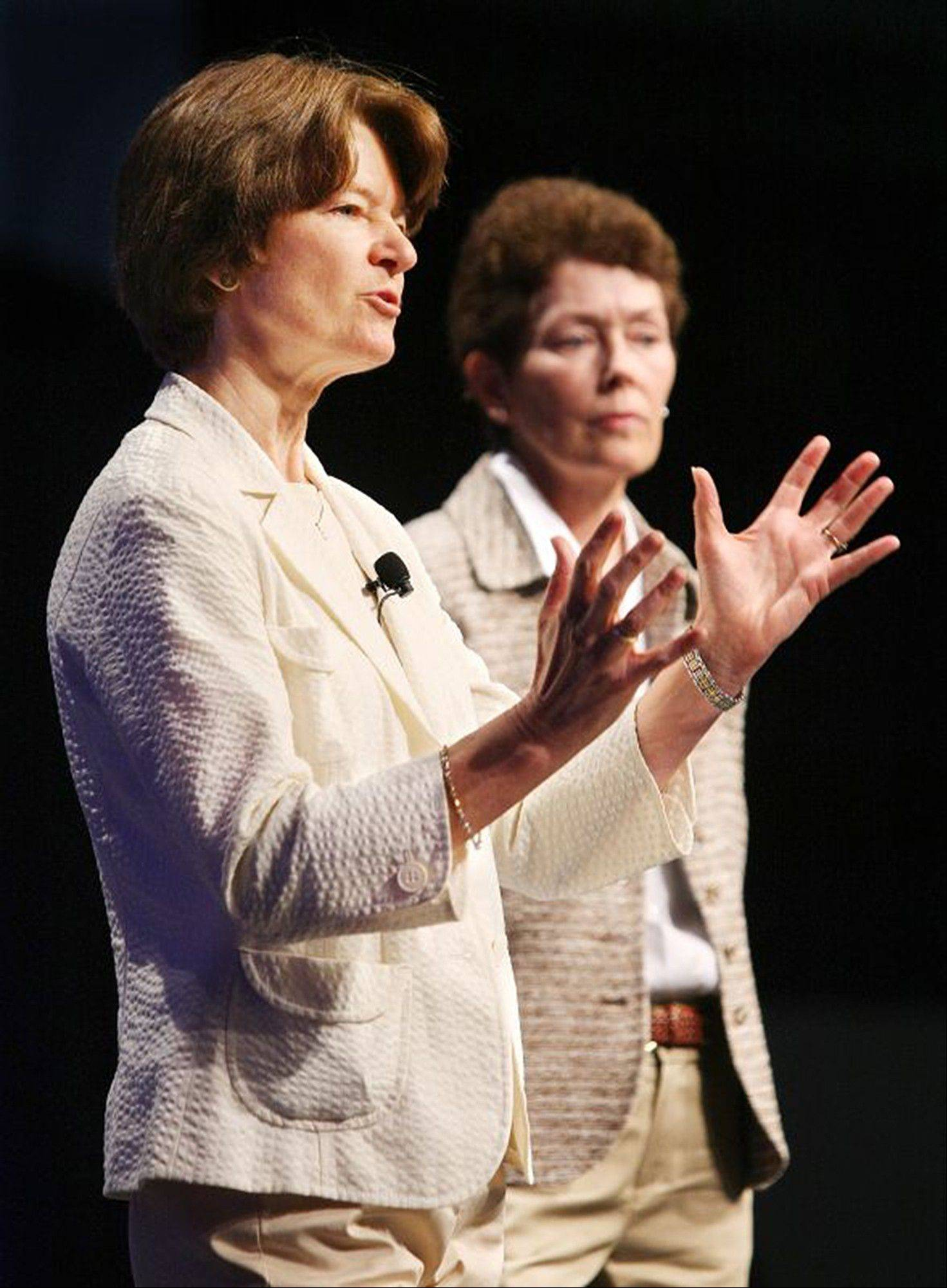 Sally Ride, foreground, and Tam O-Shaughnessy discuss the role of women in science and how the earth�s climate is changing during an American Library Association conference in Anaheim, Calif., June 2008.