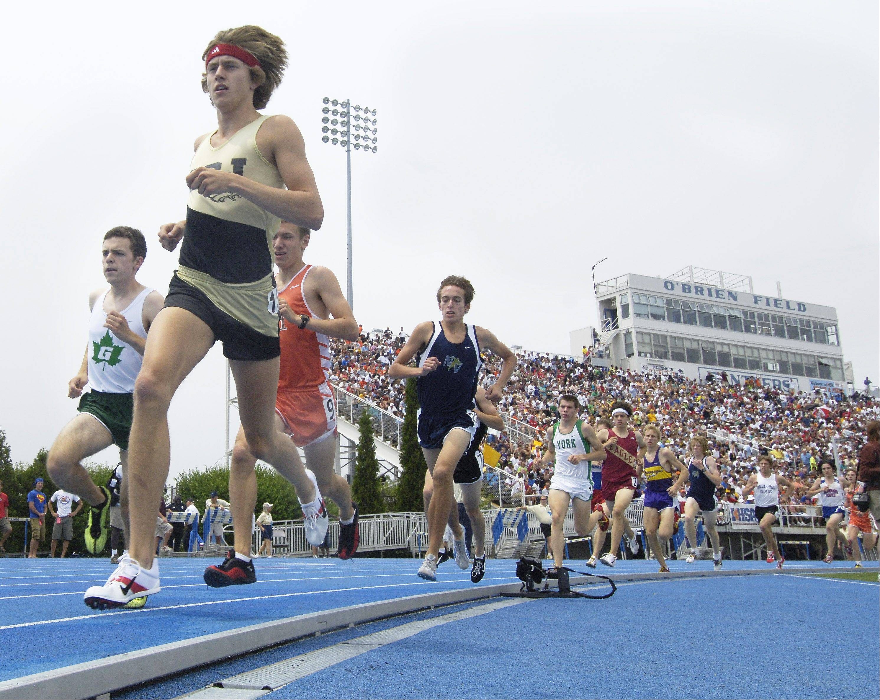 Evan Jager of Jacobs High School leads the pack during a distance race at the 2007 state boys track finals at Charleston.
