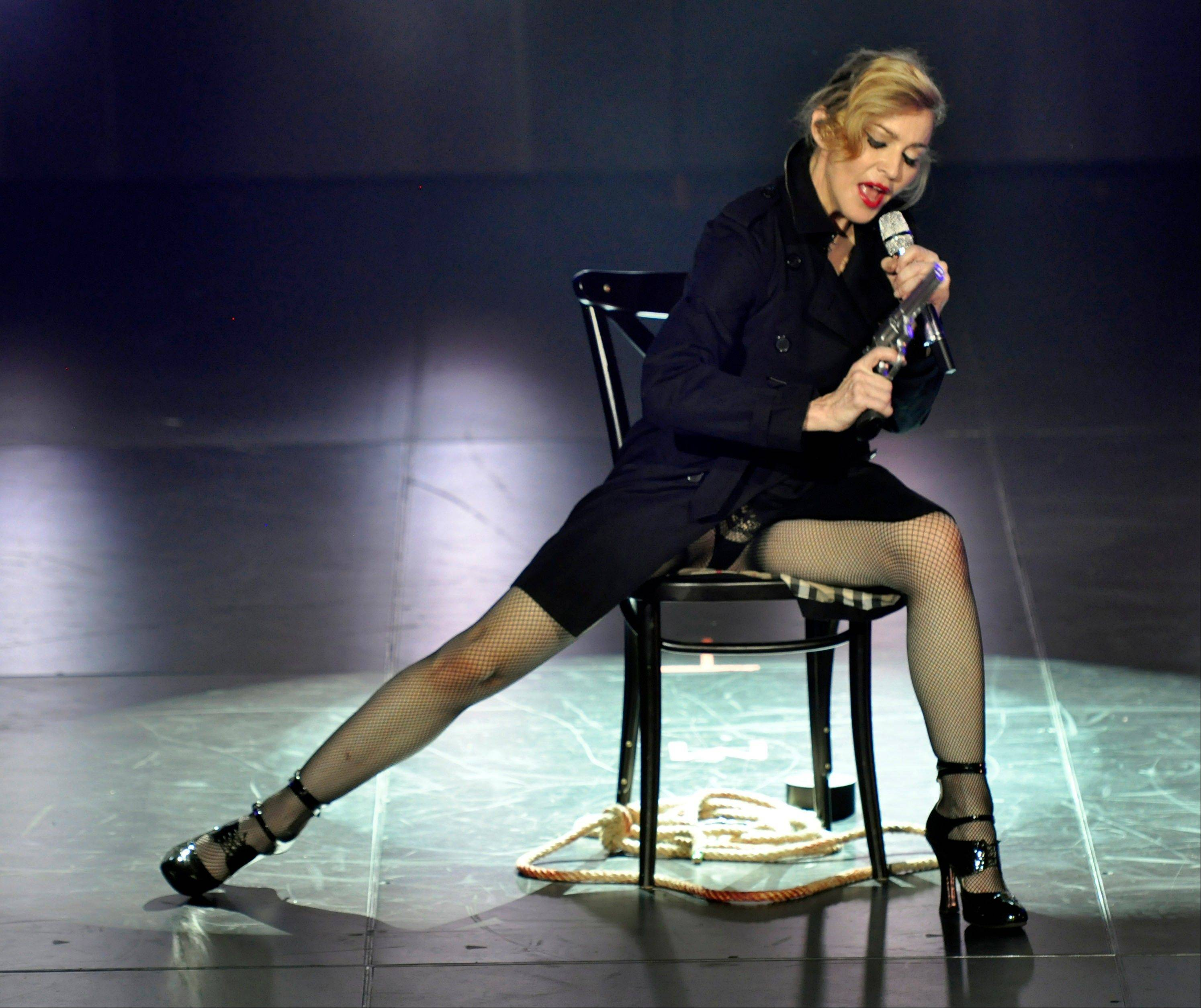 "Madonna's MDNA concert at Olympia Hall in Paris on Thursday drew boos and cries of ""refund!"" when she left the stage after only 45 minutes."