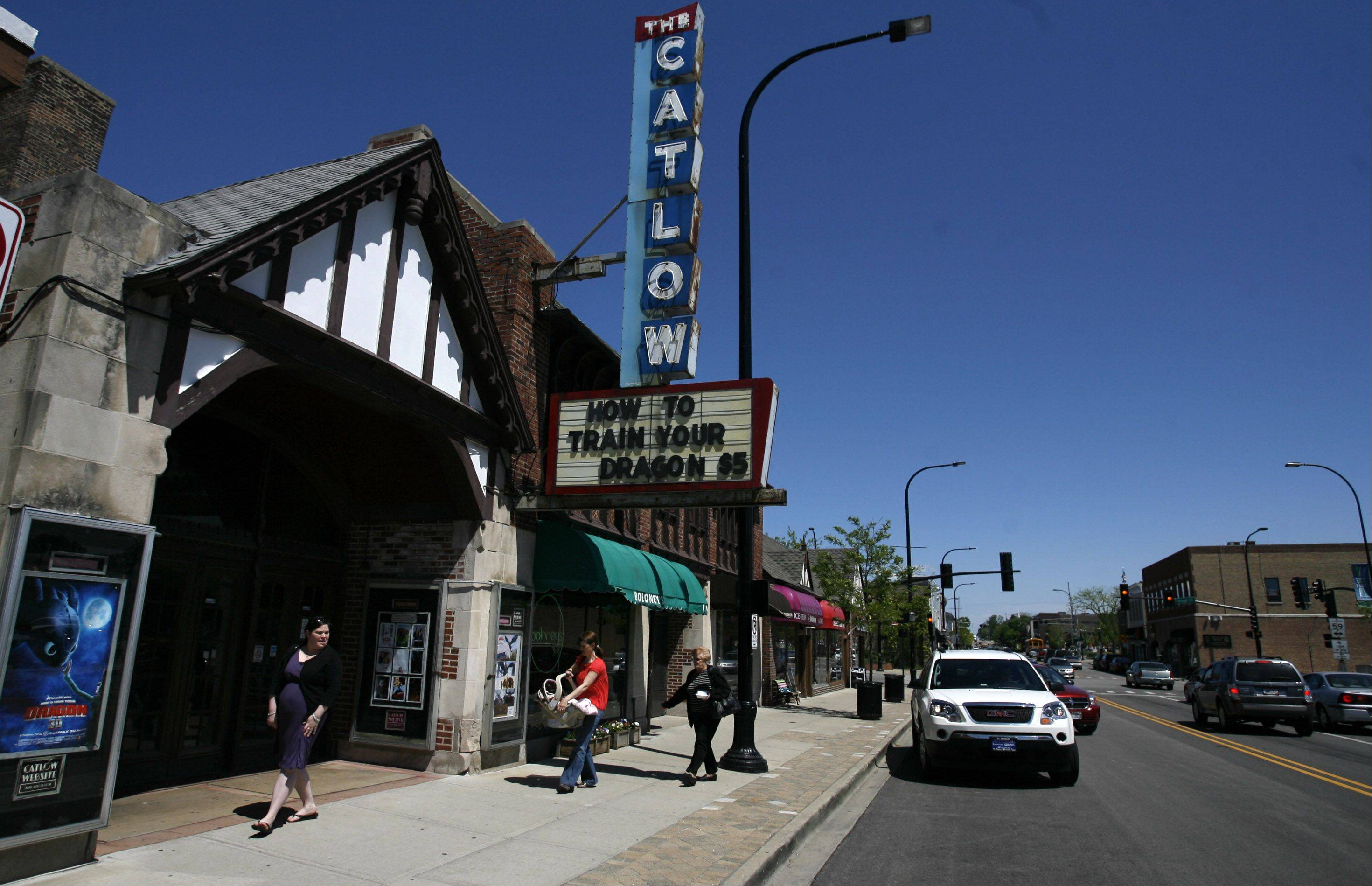 The historic Catlow theater in Barrington is seeking patrons� help to raise the $100,000 it needs for a now-or-never conversion from film to digital projection.