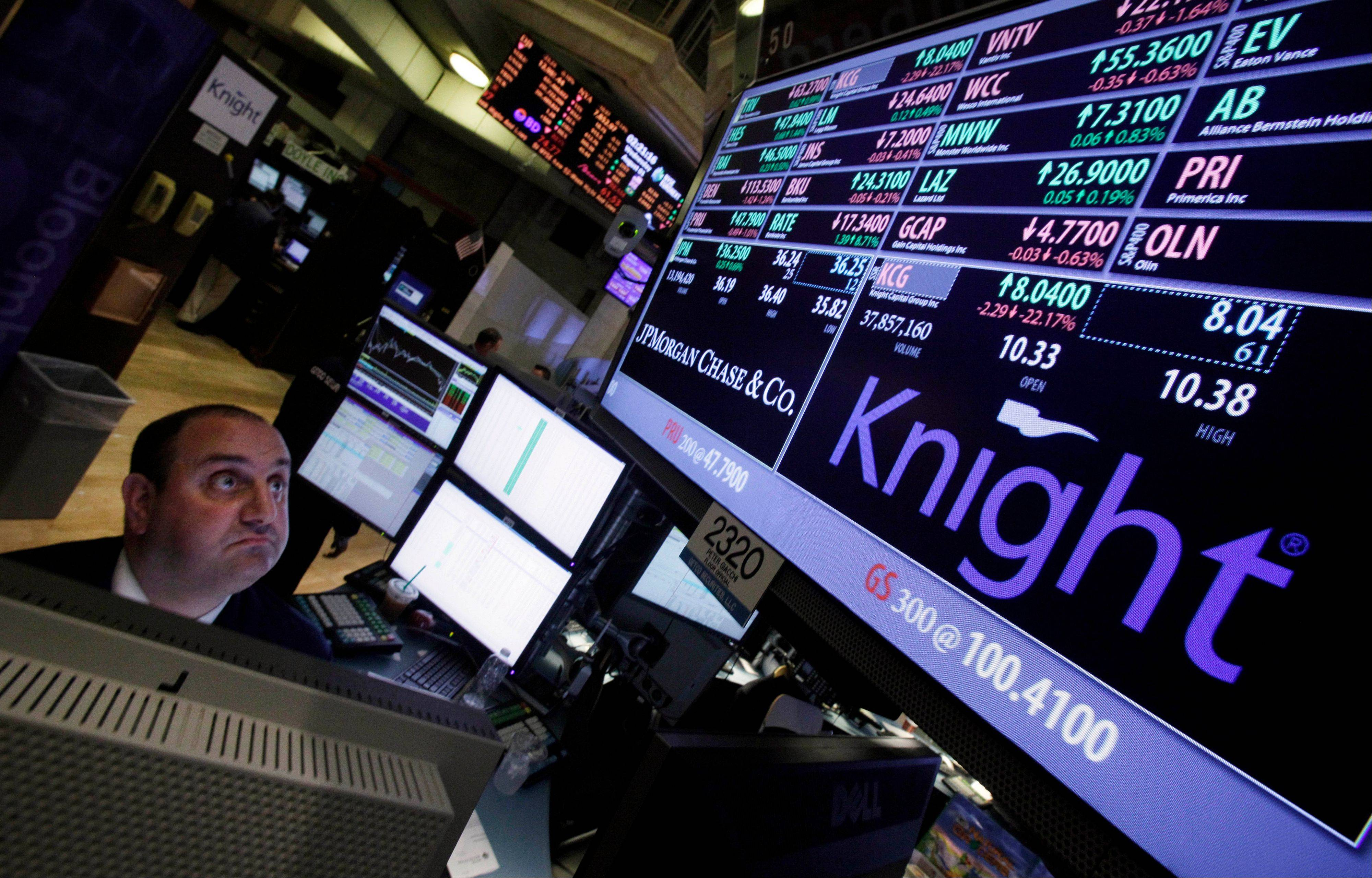 Technical issues with Knight Capitol Group stock trades on Wednesday came back to haunt the firm badly on Thursday when its stock plummeted.