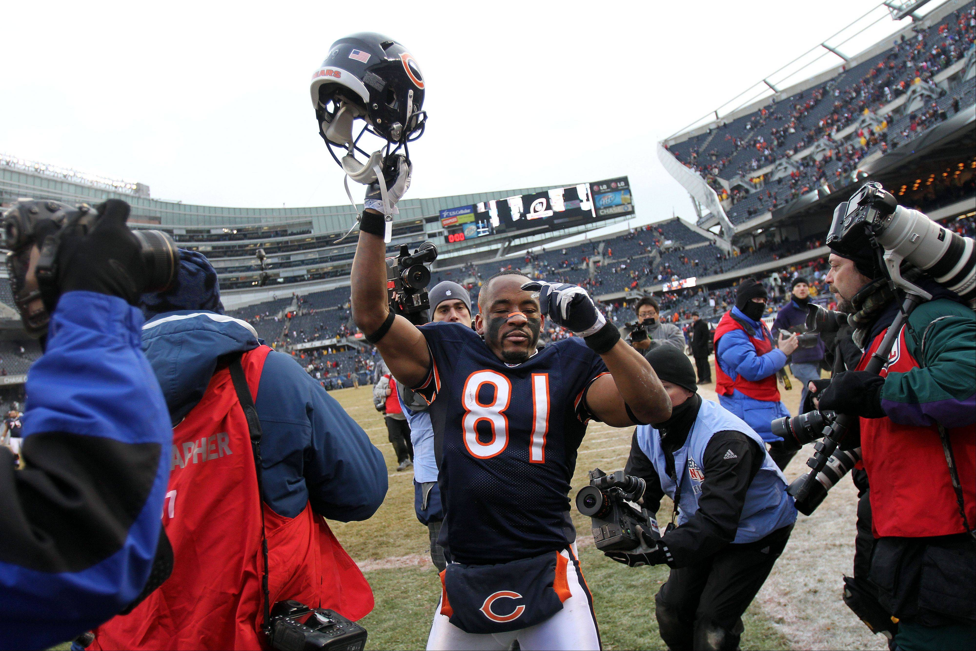 After a year with the Detroit Lions, former Chicago wide receiver Rashied Davis has rejoined the Bears.