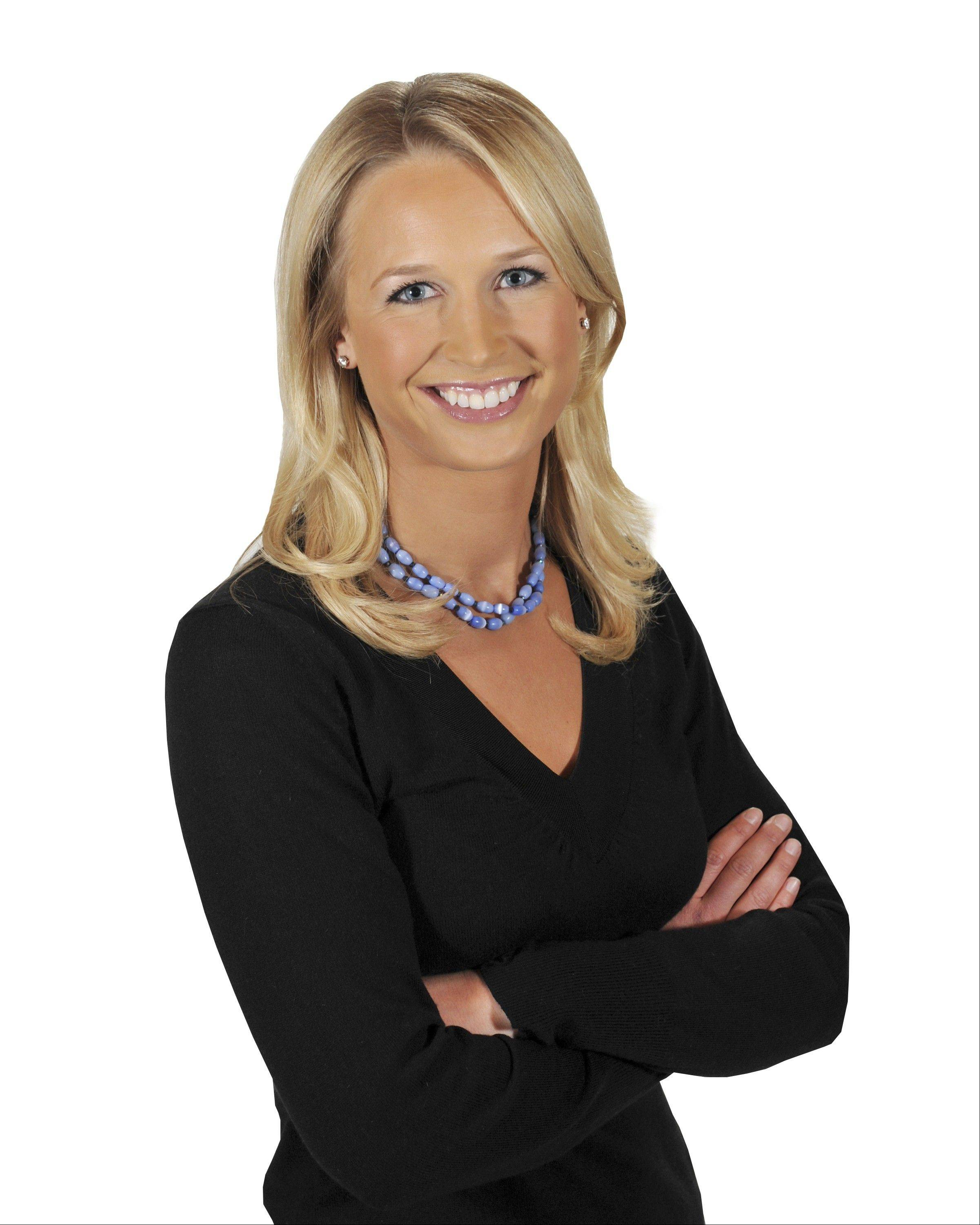 Former CSN Chicago reporter and anchor Sarah Kustok has left Chicago to work for the YES Network as part of its Brooklyn Nets broadcast team.