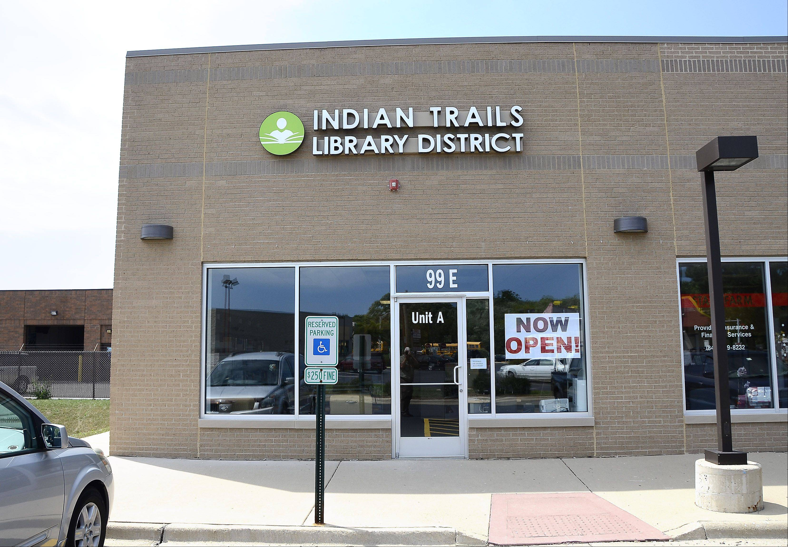 The new branch of the Indian Trails Public Library has opened at 99 E. Palatine Road to replace the recently closed location in Prospect Heights. It is located behind the McDonald's restaurant north of the Palatine Road express lanes.