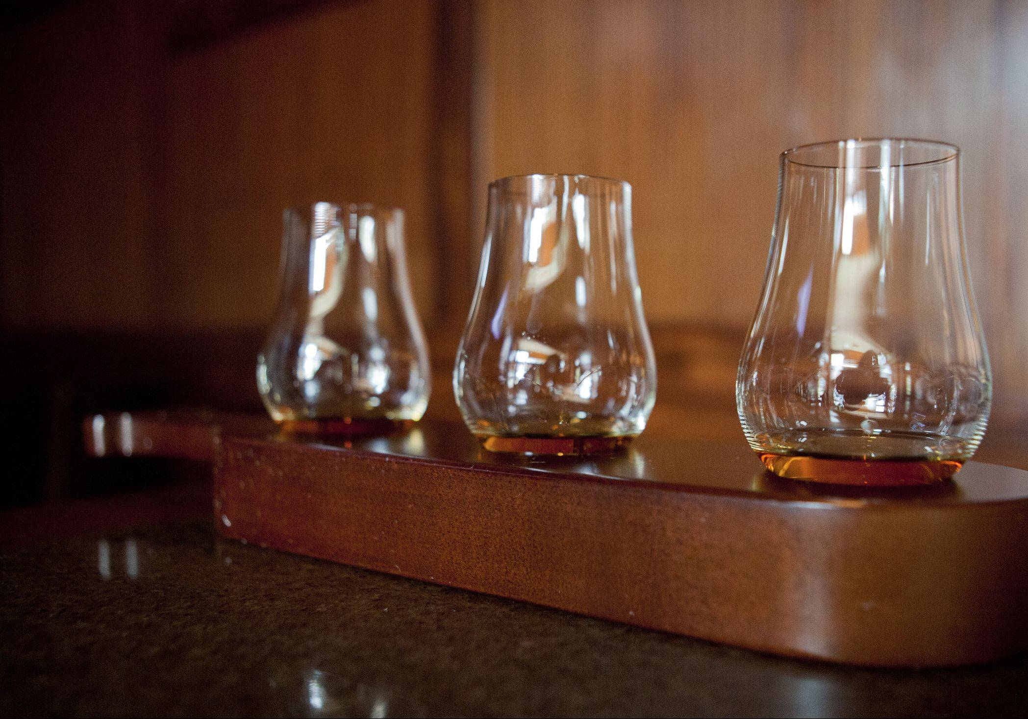 Enjoy a comparative tasting whiskeys at Lincoln Whiskey Kitchen in Schaumburg.