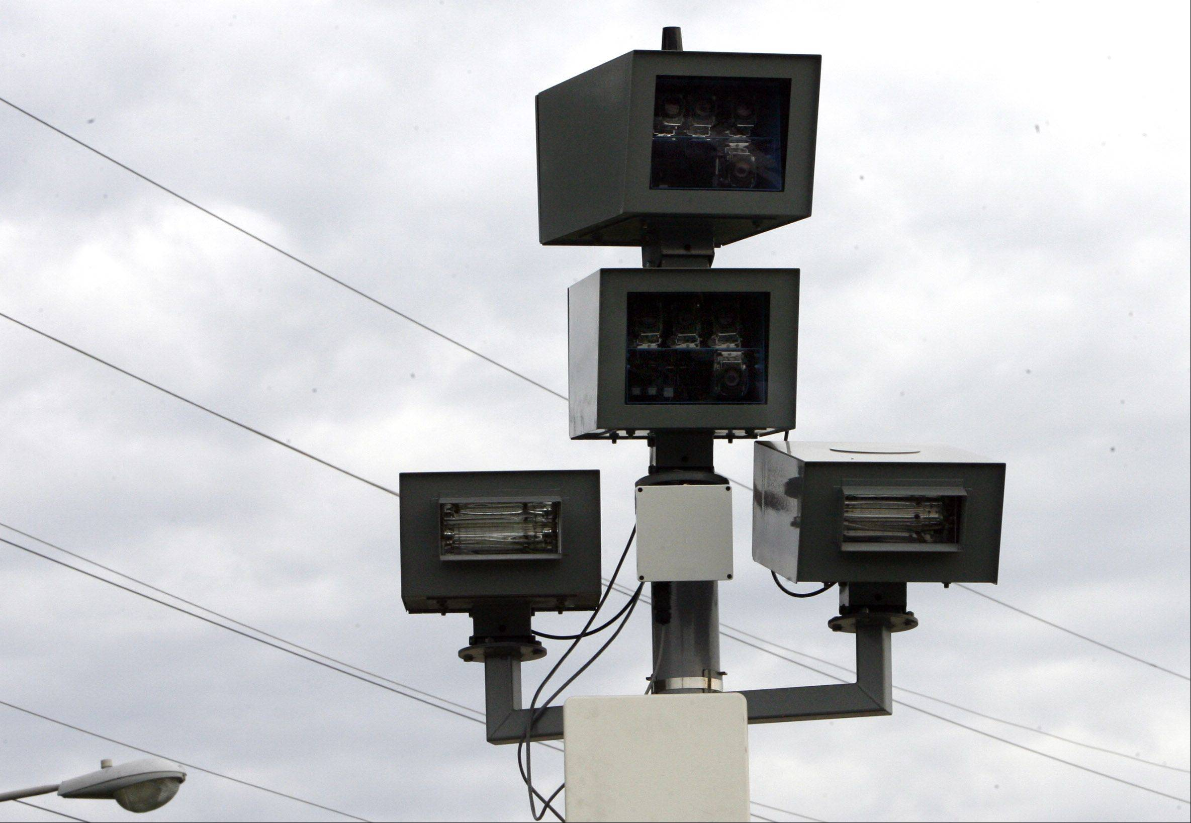 Addison will install a red-light camera like this one near its municipal complex at Lake Street and Kennedy Drive.