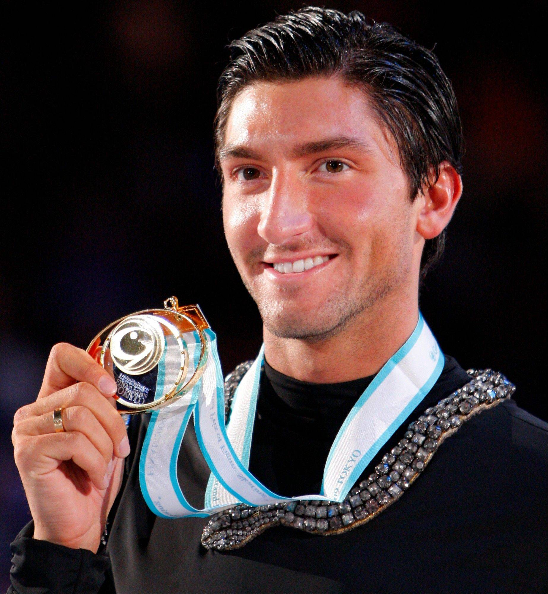 Gold medalist Evan Lysacek made his return official Friday and announced that he is entered for Skate America in October � his first competition since winning the gold medal in Vancouver in 2010.