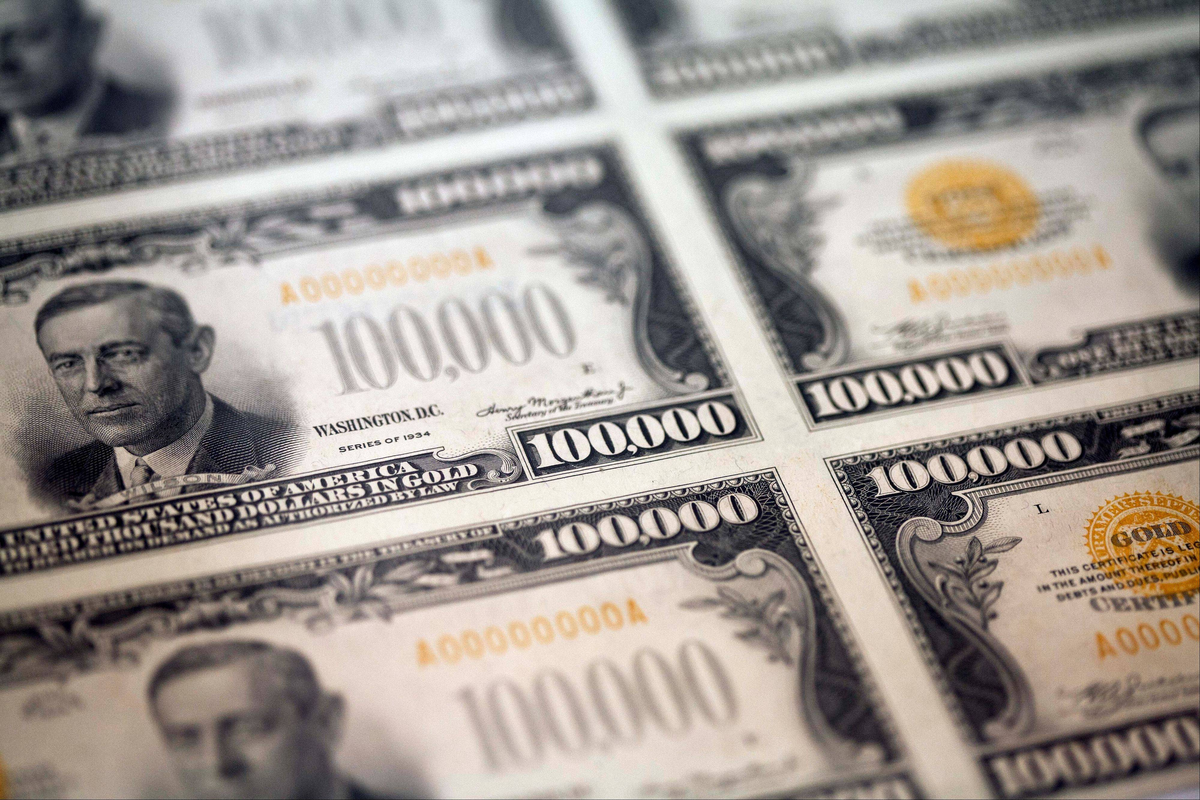 Pocket change for the world�s richest billionaires, a sheet of $100,000 bills is on display Wednesday at the World�s Fair of Money, in Philadelphia.