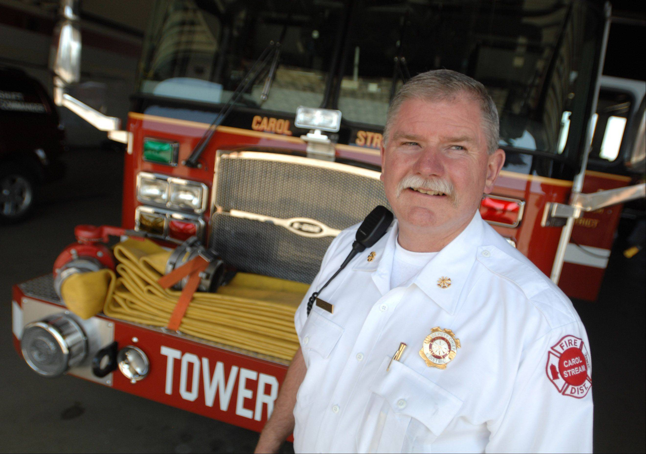 Bob Hoff served as a firefighter in Chicago for more than three decades, eventually rising through the ranks until he was the man in charge. But after stepping down in February, he took a new job in fire service: deputy chief in Carol Stream.