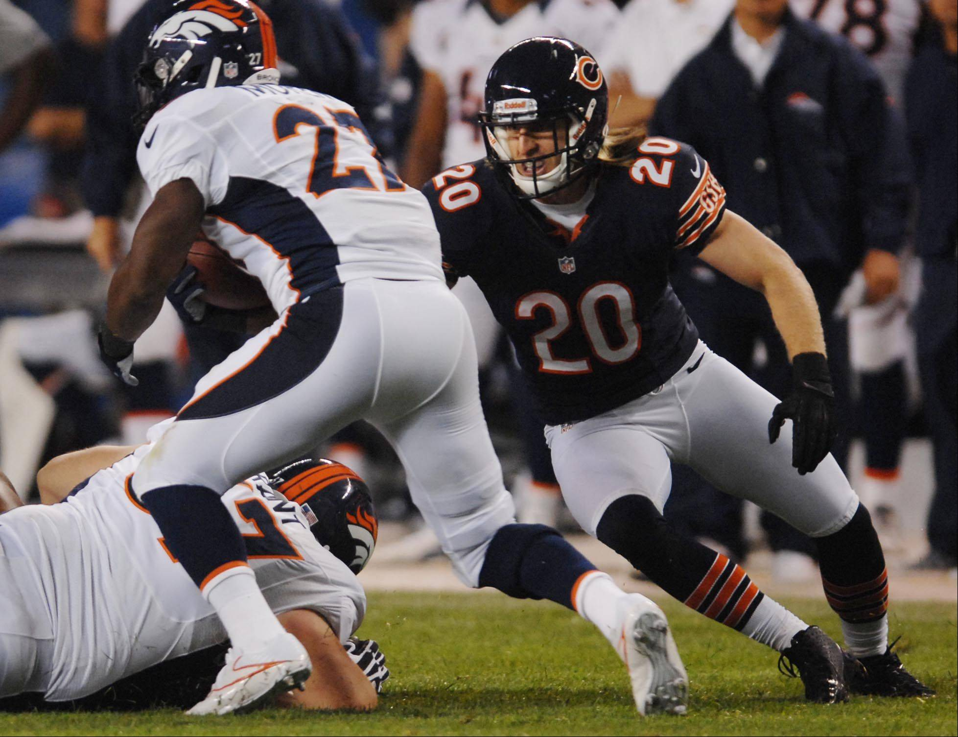 Craig Steltz attempts to tackle Broncos running back Knowshon Moreno during the Bears� preseason opener last Thursday. Steltz has been having a good camp and shined during 1-on-1 blitz drills this week.