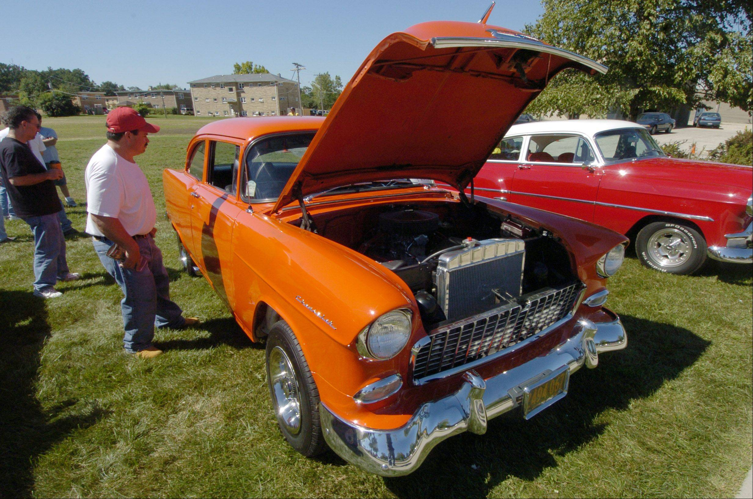 A car show will once again be featured at the Round Lake Home Town Festival this Saturday.