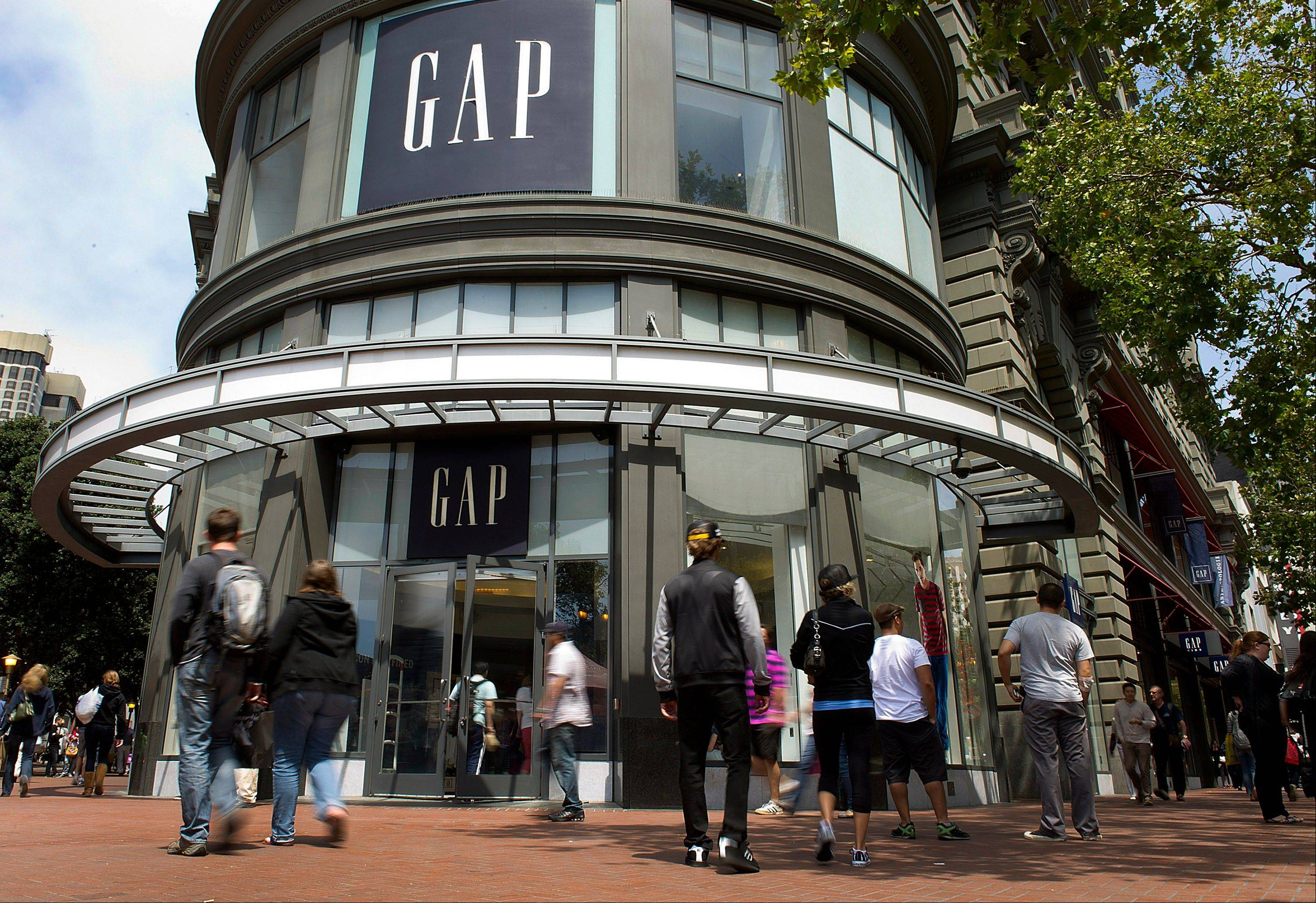 Gap Inc. reported a 29 percent increase in second-quarter net income, evidence the fashion retailer's moves to liven up its clothing with brightly colored trendy looks are winning over shoppers.