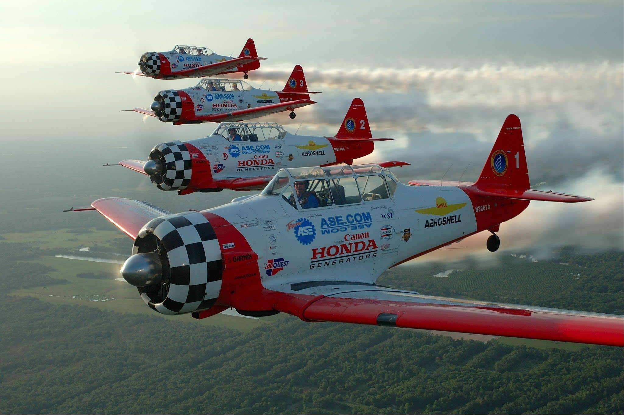 Aeroshell planes will entertain the crowds for the annual Chicago Air & Water Show.