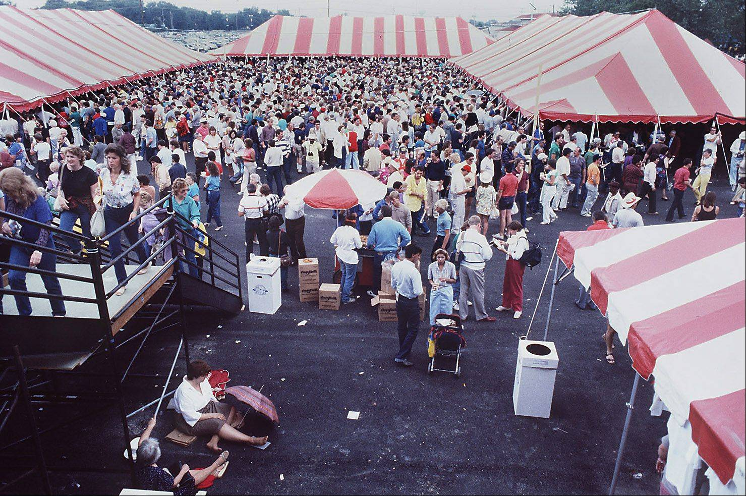 With tents and bleachers as the only structures 35,000 horse racing fans attended the Miracle Million at Arlington Park just 25 days after a fire burned the facility to the ground.