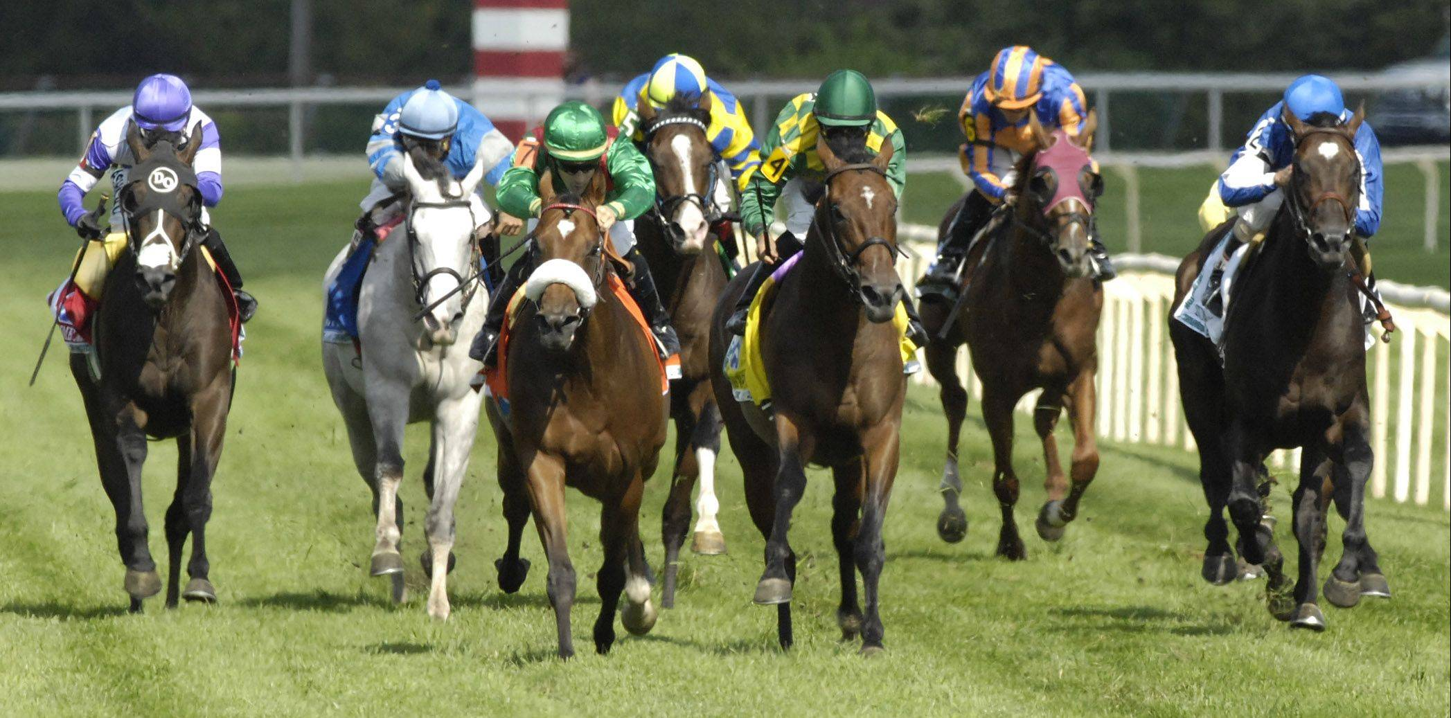 Bayrir, third from left, wins the Secretariat Stakes at Arlington Park on Saturday.