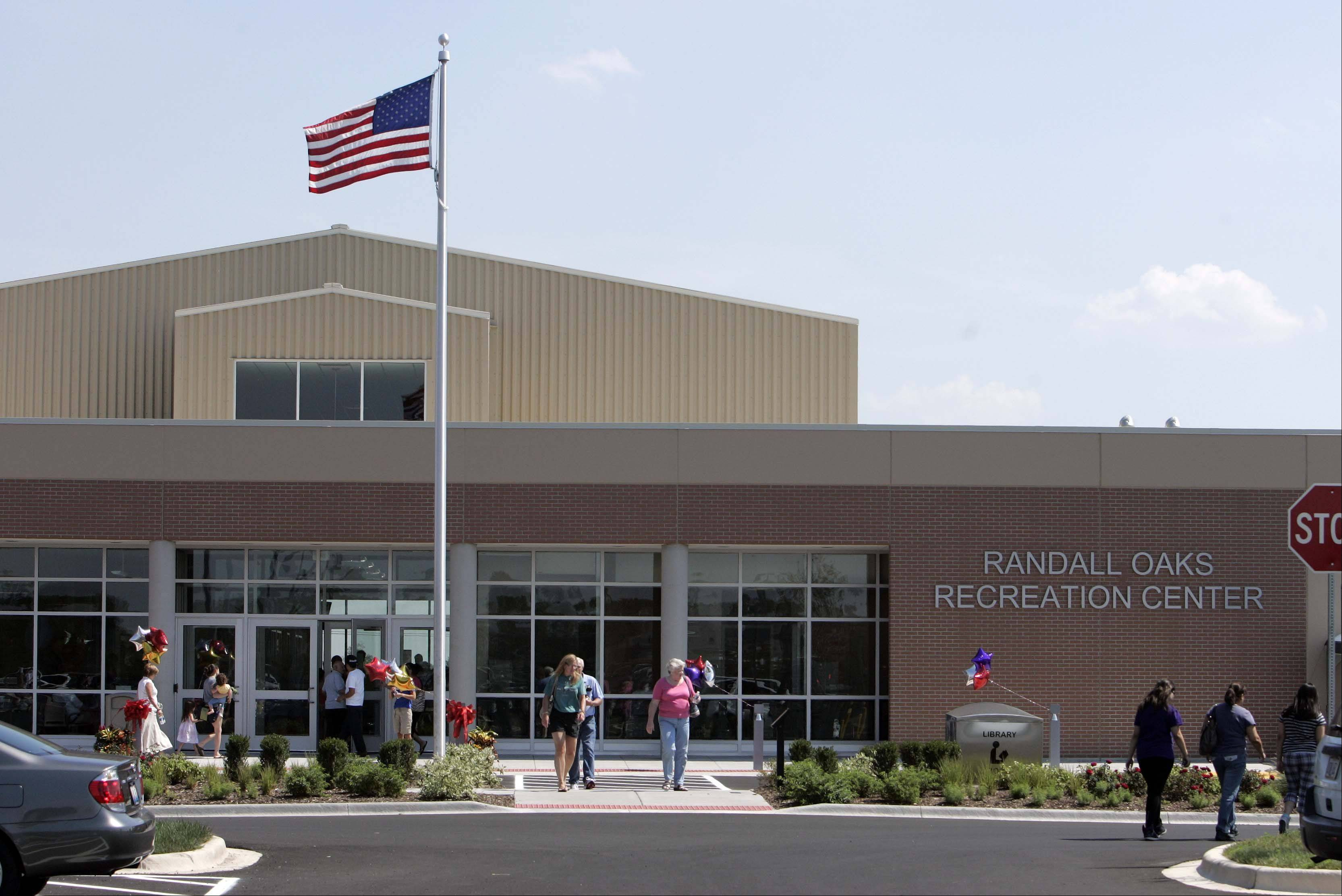 The grand opening of the Dundee Township Park District's Randall Oaks Recreation Center in West Dundee drew nearly 3,500 people, officials said.