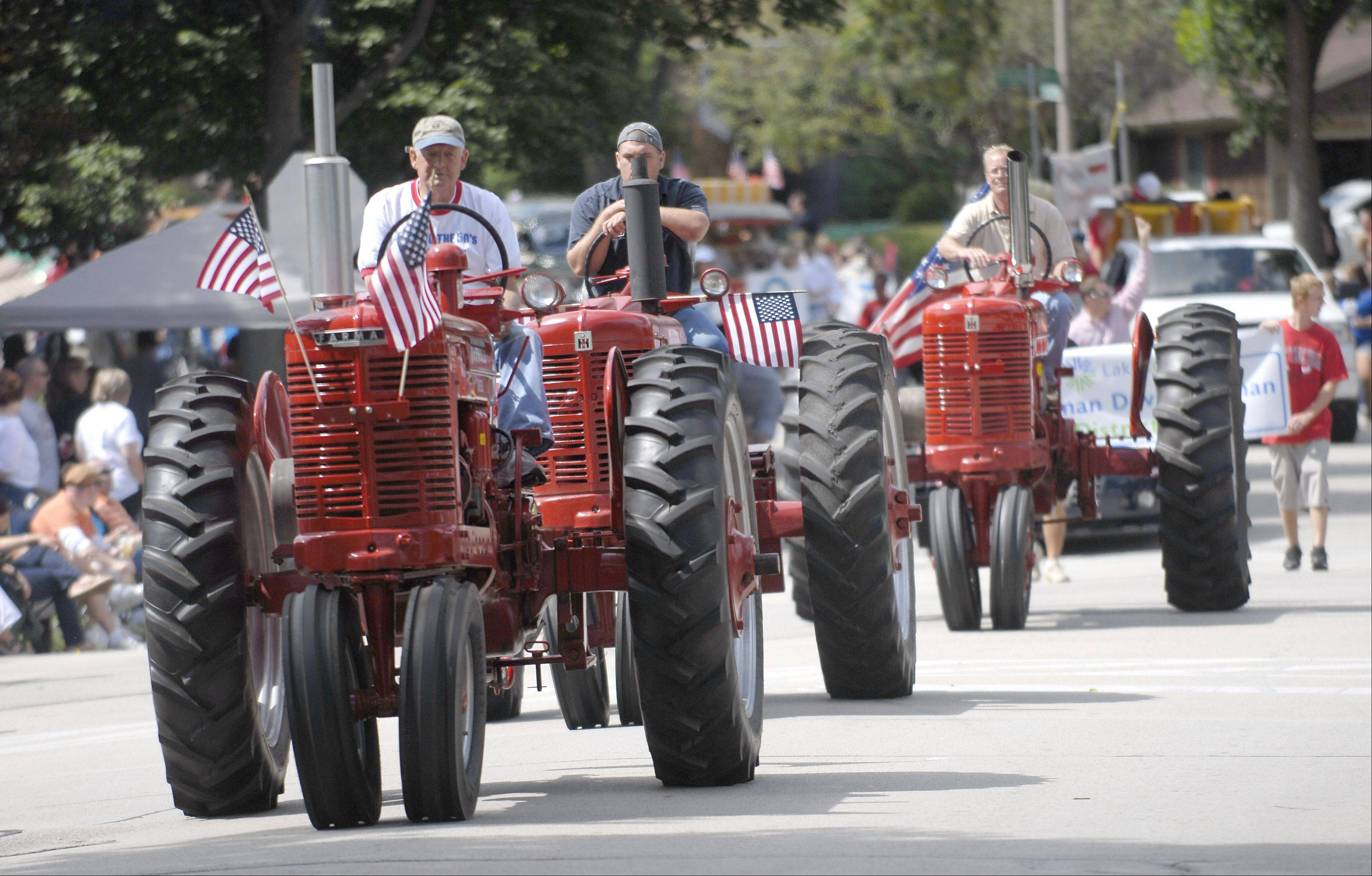 The 2011 parade pays homage to Buffalo Grove's rural beginnings.